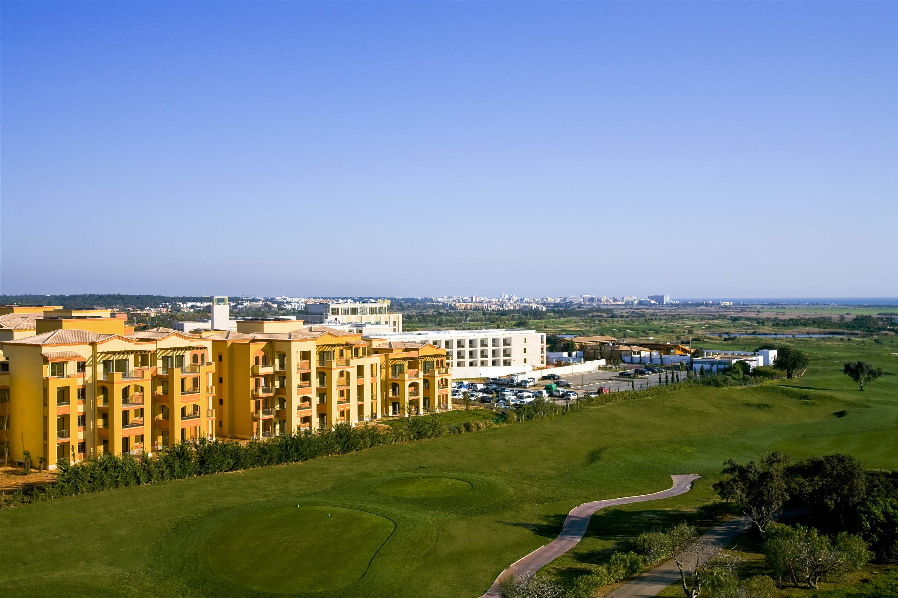 The Residences at Victoria by TIVOLI 3 Bed Apt , Deluxe, Golf or Pool View, 3 bedroom apartment in The Residences at Victoria by TIVOLI, Algarve Photo #1