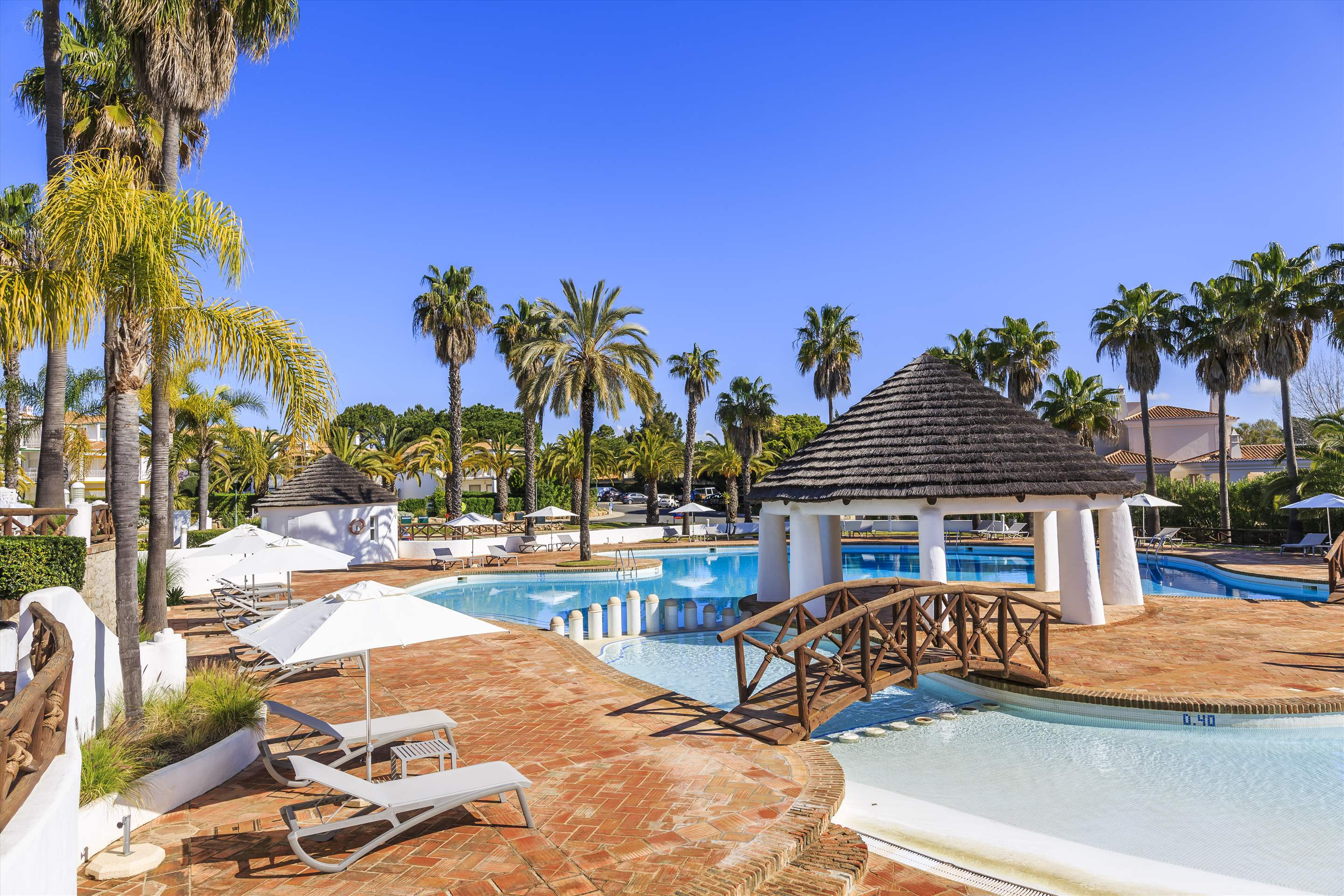 Encosta do Lago 1 Bedroom Apt, Top Floor, 1 bedroom apartment in Encosta do Lago Resort, Algarve Photo #10