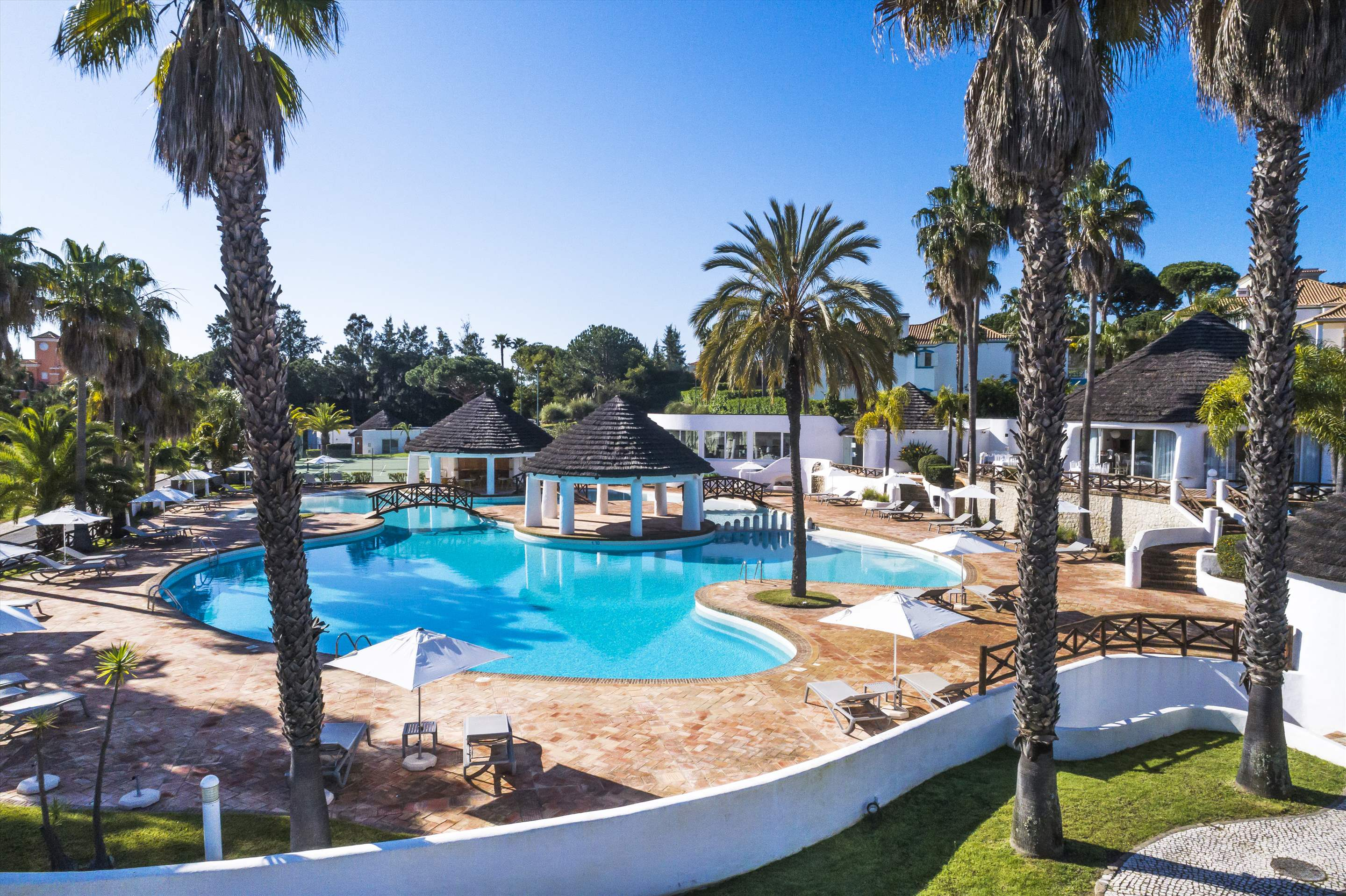 Encosta do Lago 1 Bedroom Apt, Top Floor, 1 bedroom apartment in Encosta do Lago Resort, Algarve Photo #2
