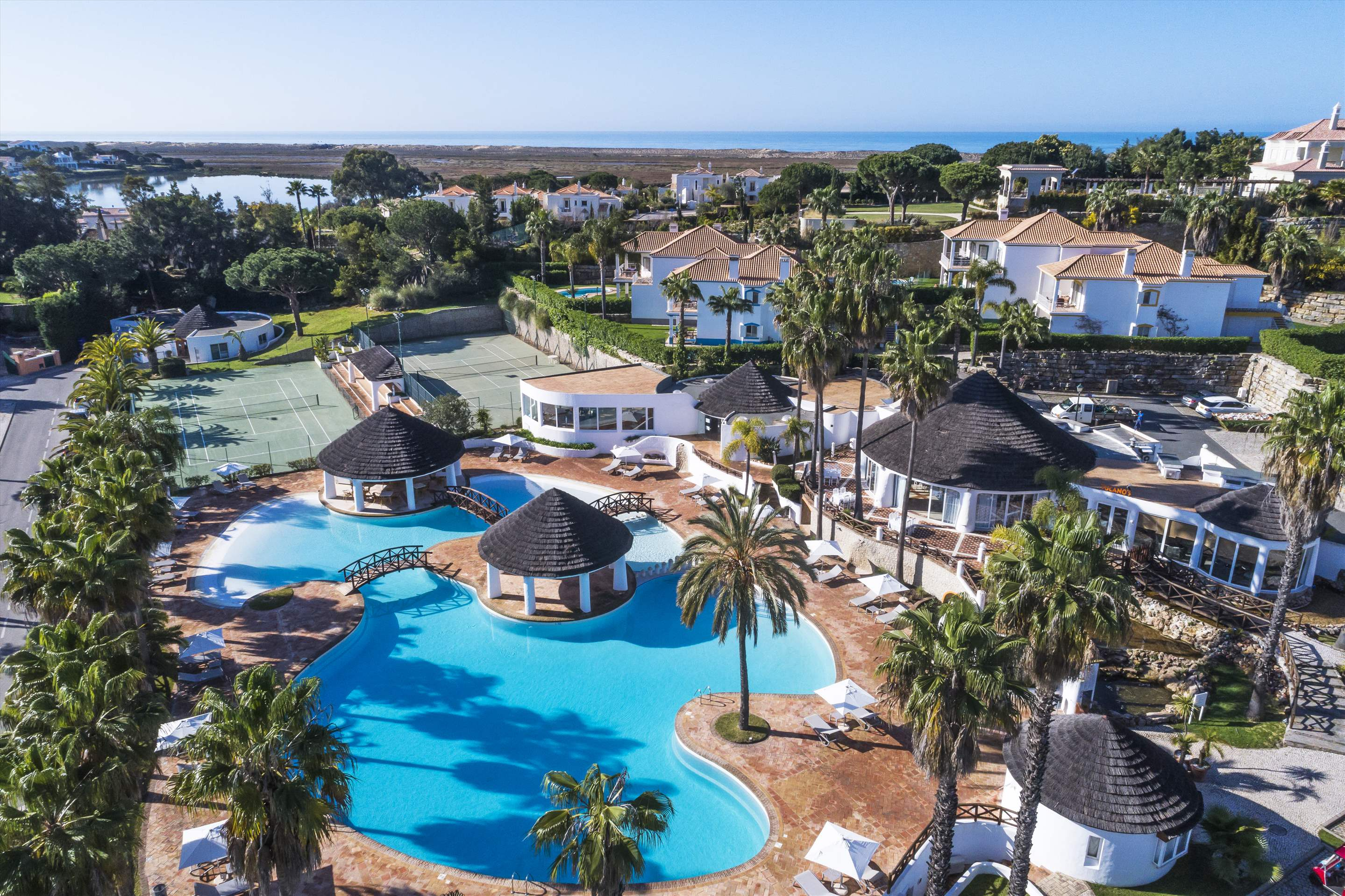 Encosta do Lago 1 Bedroom Apt, Top Floor, 1 bedroom apartment in Encosta do Lago Resort, Algarve Photo #24