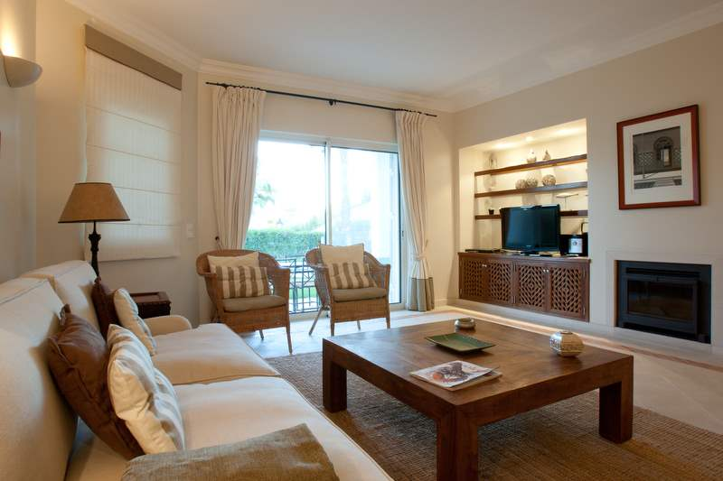 Encosta do Lago 2 Bedroom Apt, Private Pool, 2 bedroom apartment in Encosta do Lago Resort, Algarve Photo #4