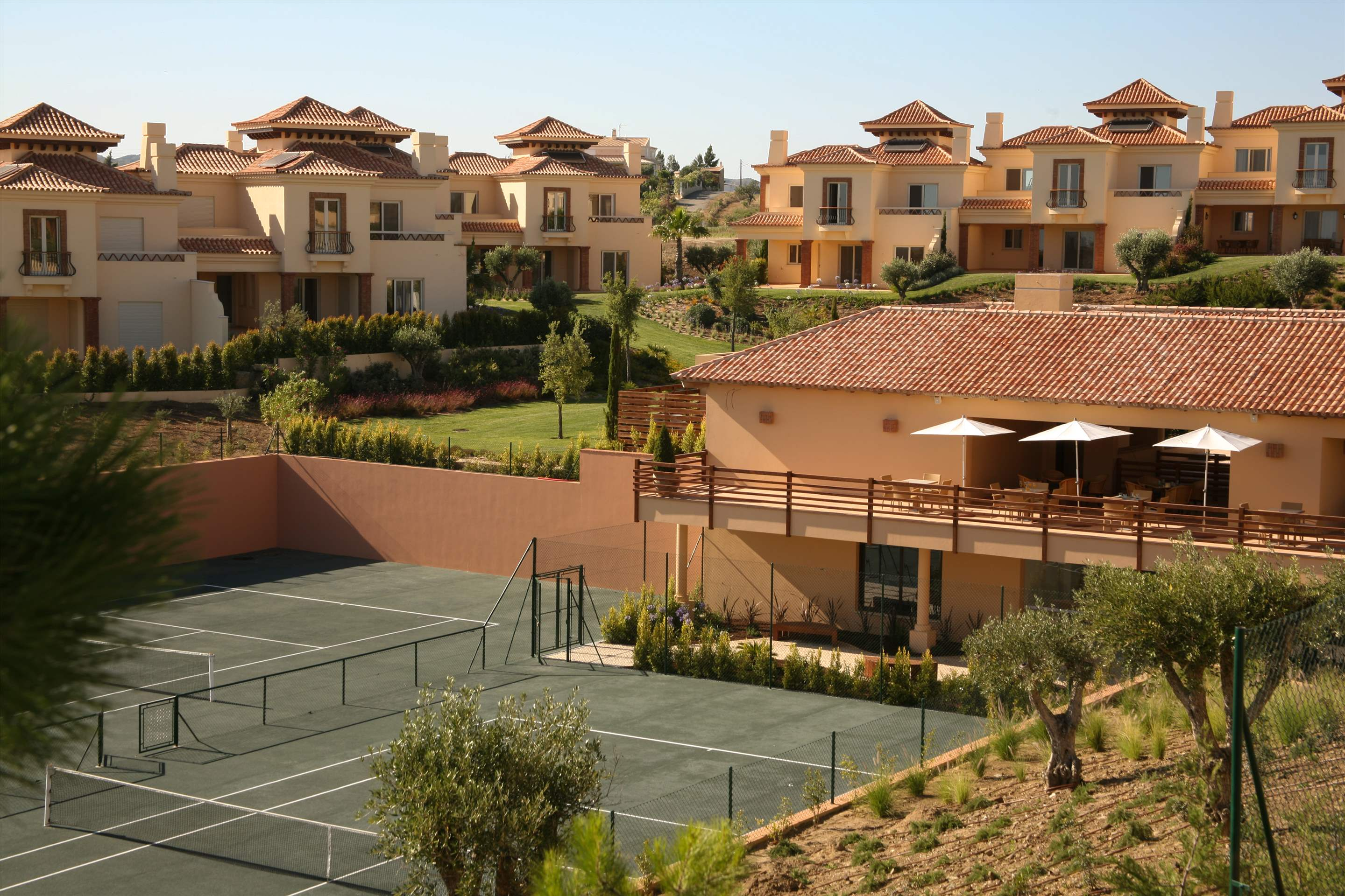 Monte Rei Three Bedroom Villa with Private Pool, 3 bedroom villa in Monte Rei Country Club, Algarve Photo #15