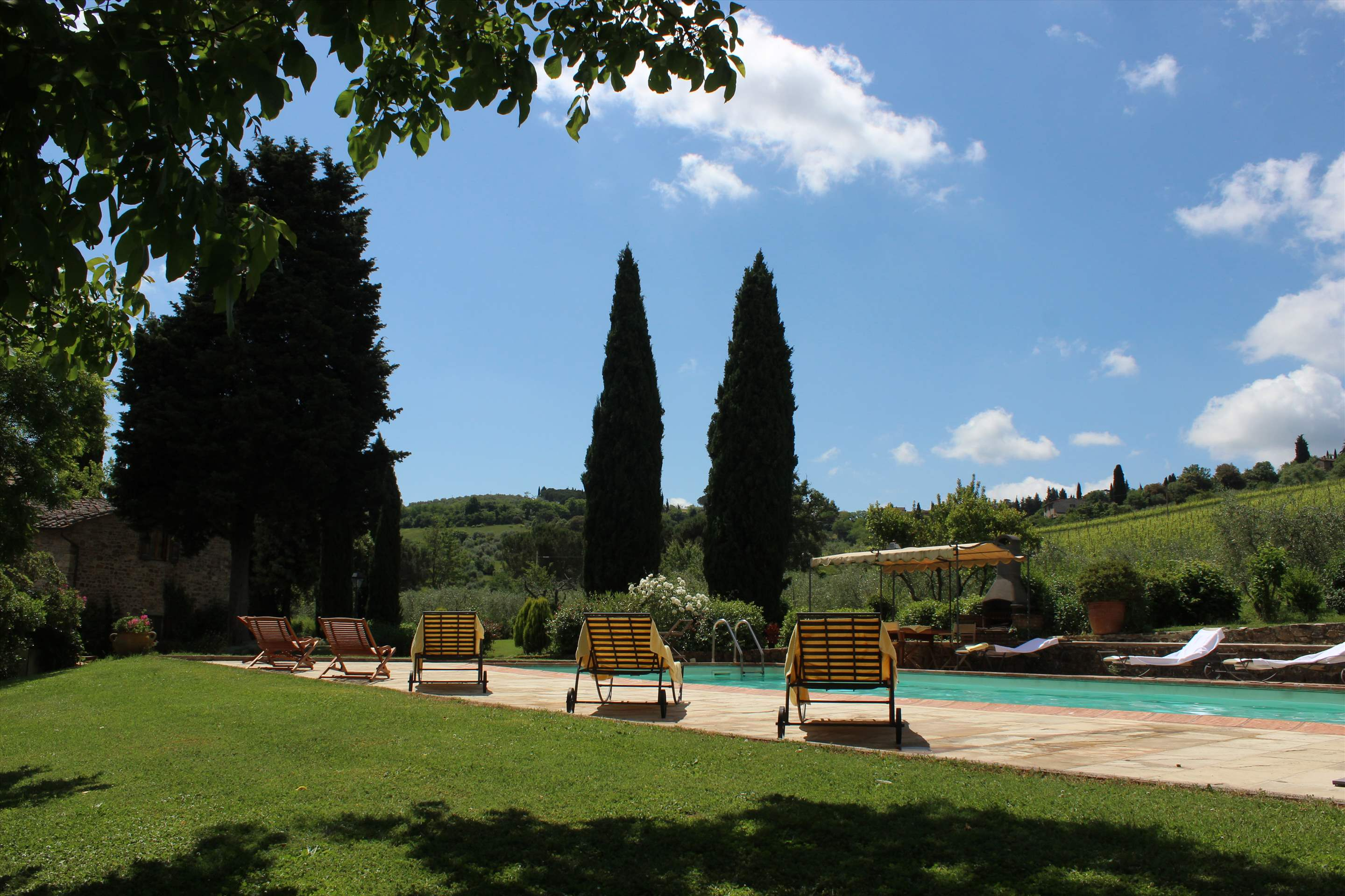 Villa Campana, 5 bedroom villa in Chianti & Countryside, Tuscany