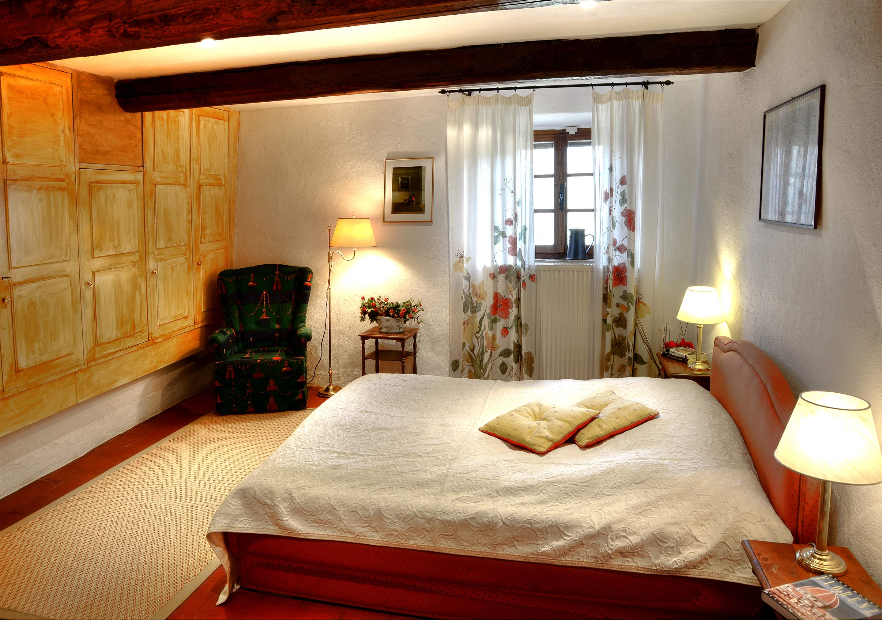 Villa Campana, 5 bedroom villa in Chianti & Countryside, Tuscany Photo #17
