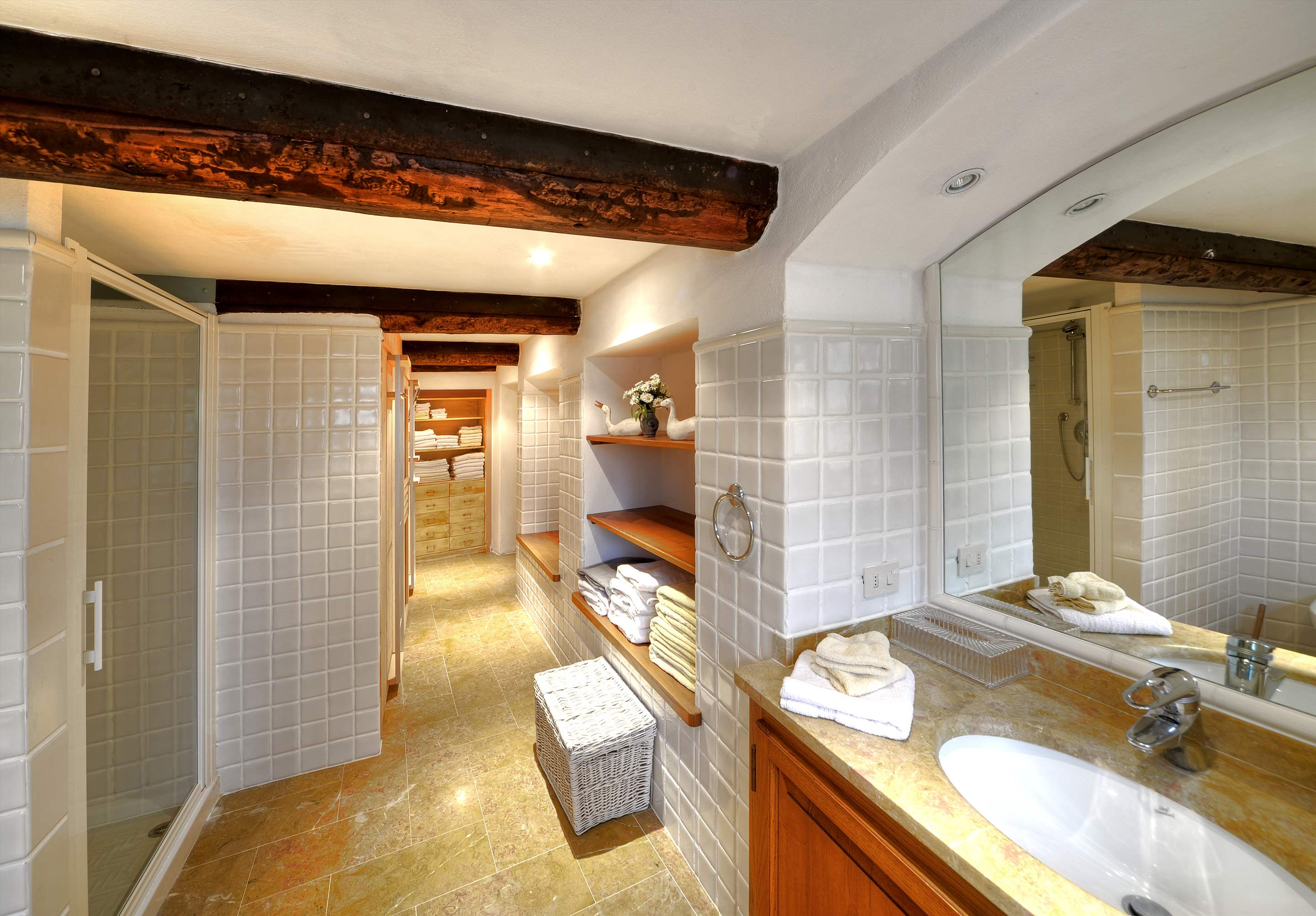 Villa Campana, 5 bedroom villa in Chianti & Countryside, Tuscany Photo #18