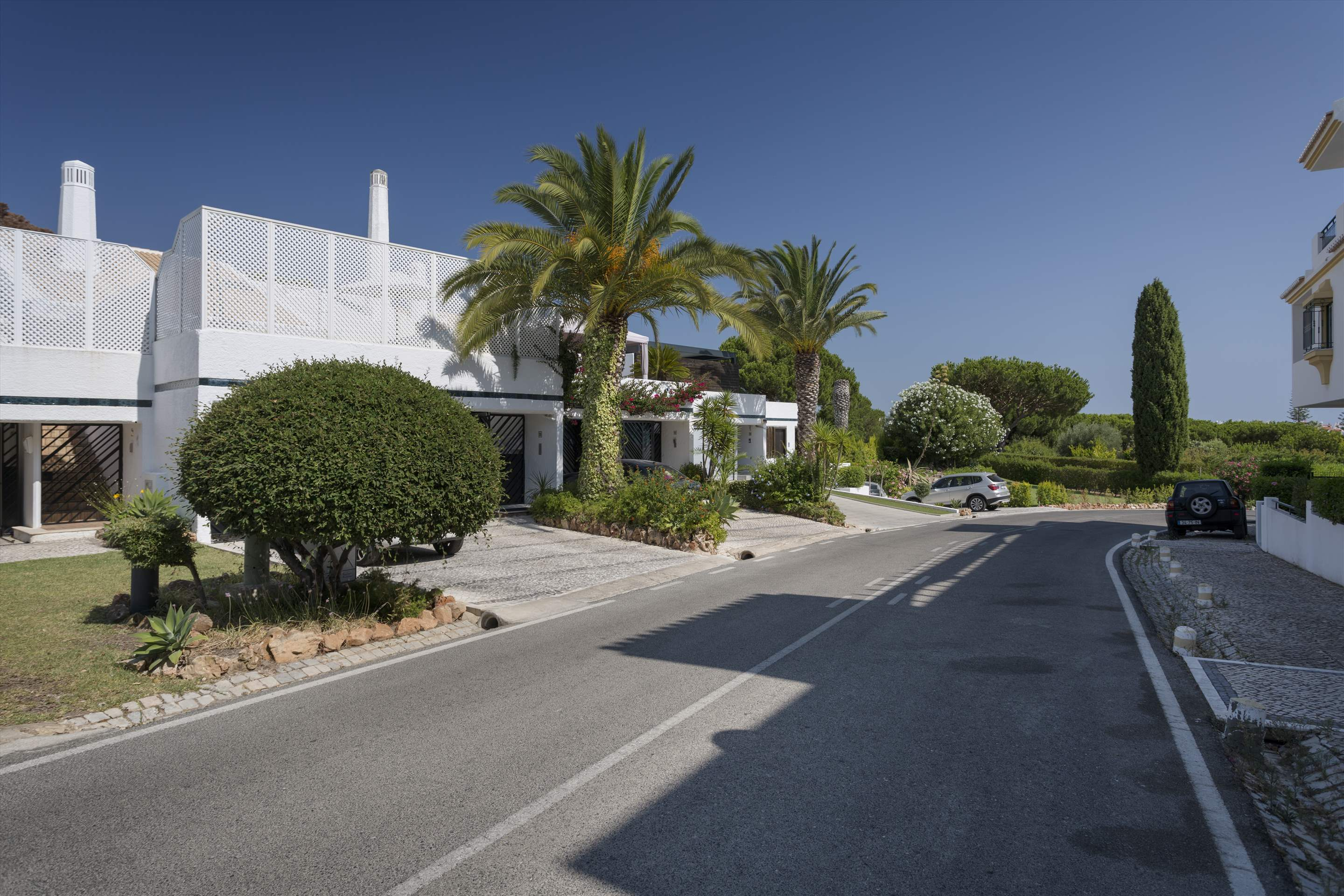 Villa Valerie one, 3 bedroom villa in Vilamoura Area, Algarve Photo #16