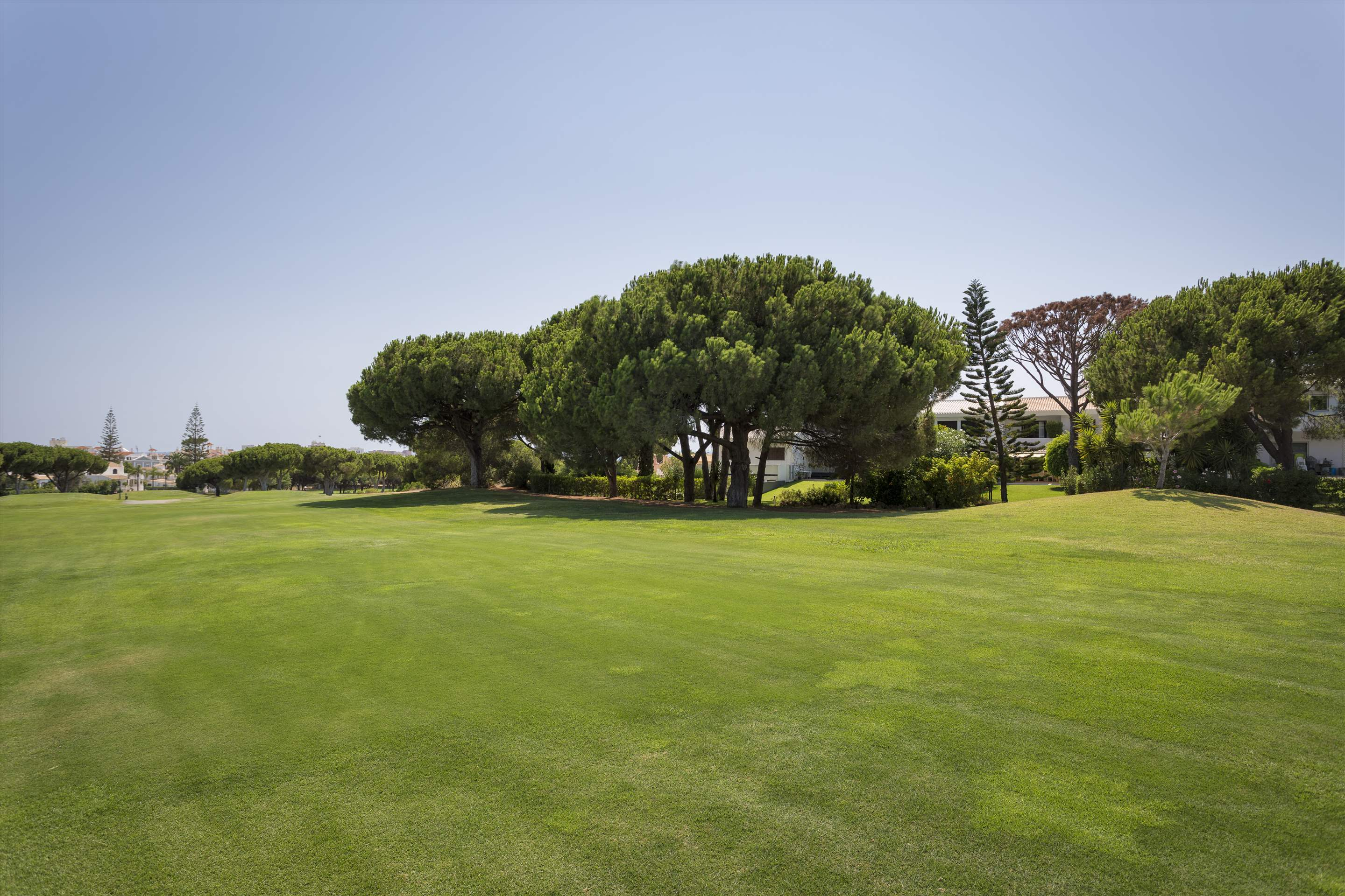 Villa Valerie one, 3 bedroom villa in Vilamoura Area, Algarve Photo #17