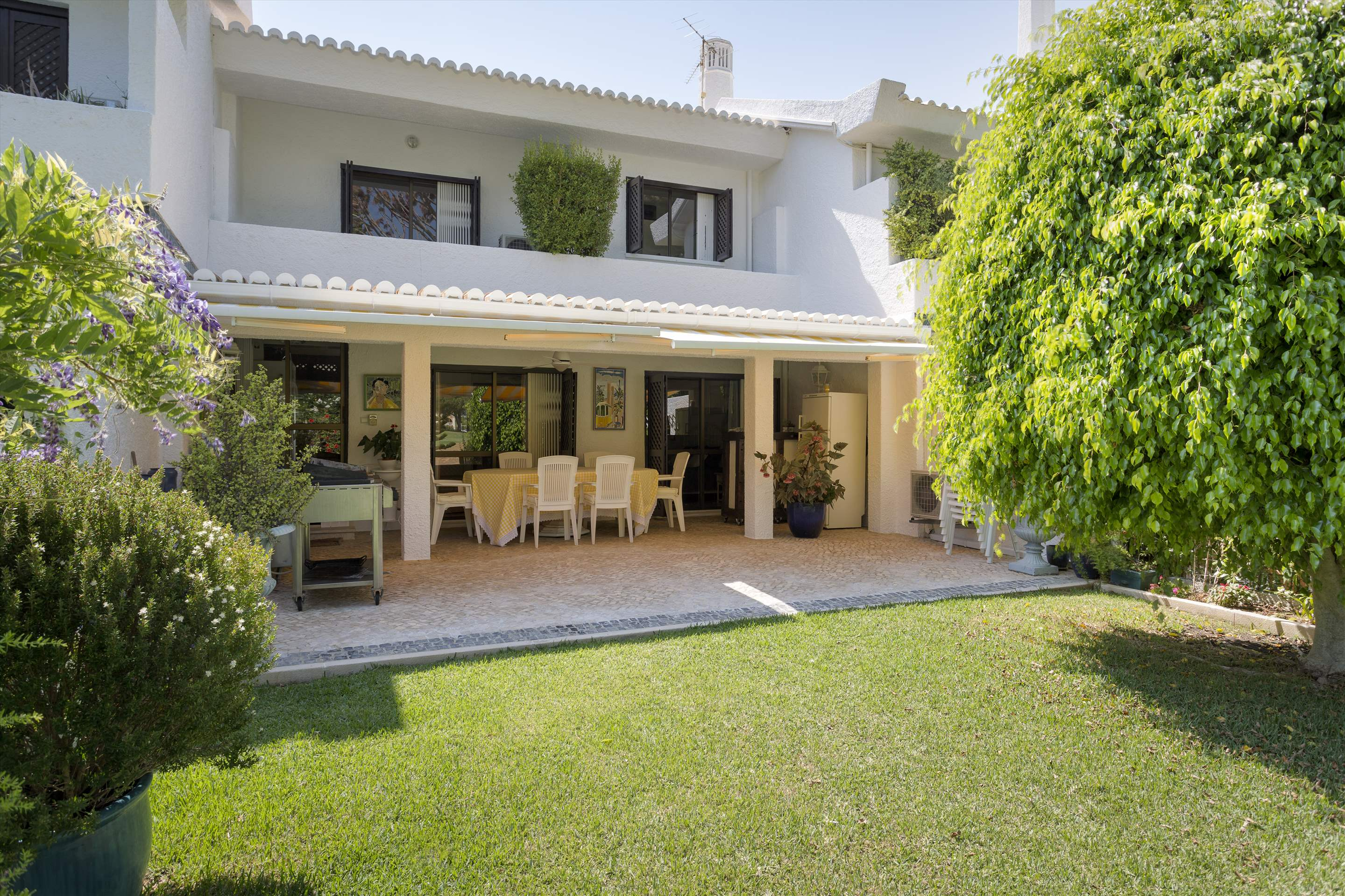 Villa Valerie one, 3 bedroom villa in Vilamoura Area, Algarve Photo #3