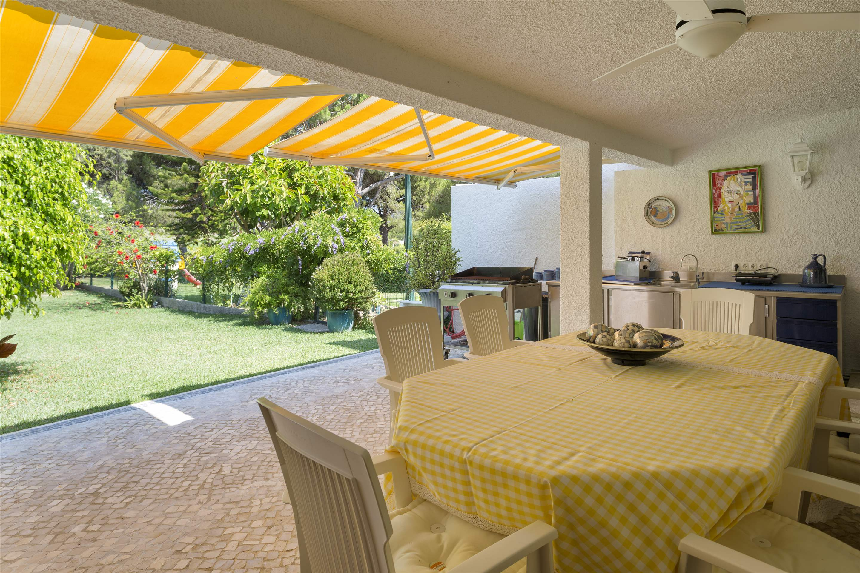 Villa Valerie one, 3 bedroom villa in Vilamoura Area, Algarve Photo #4