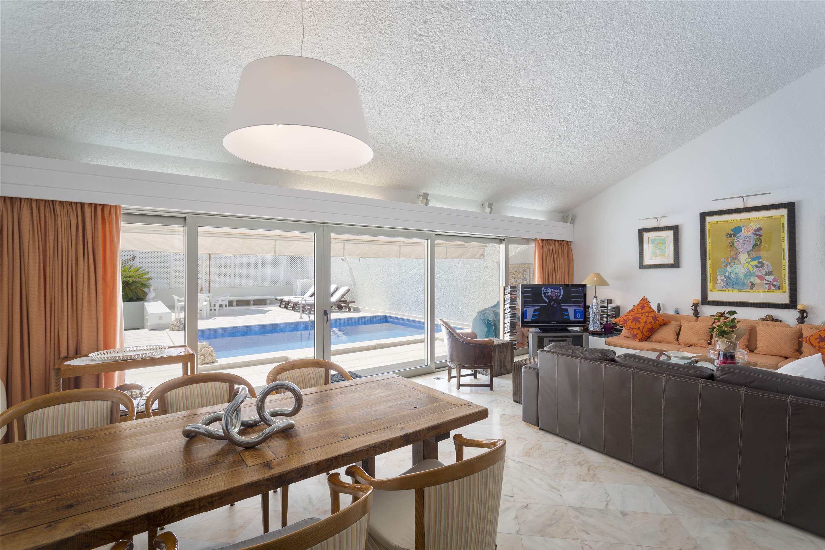 Villa Valerie one, 3 bedroom villa in Vilamoura Area, Algarve Photo #5
