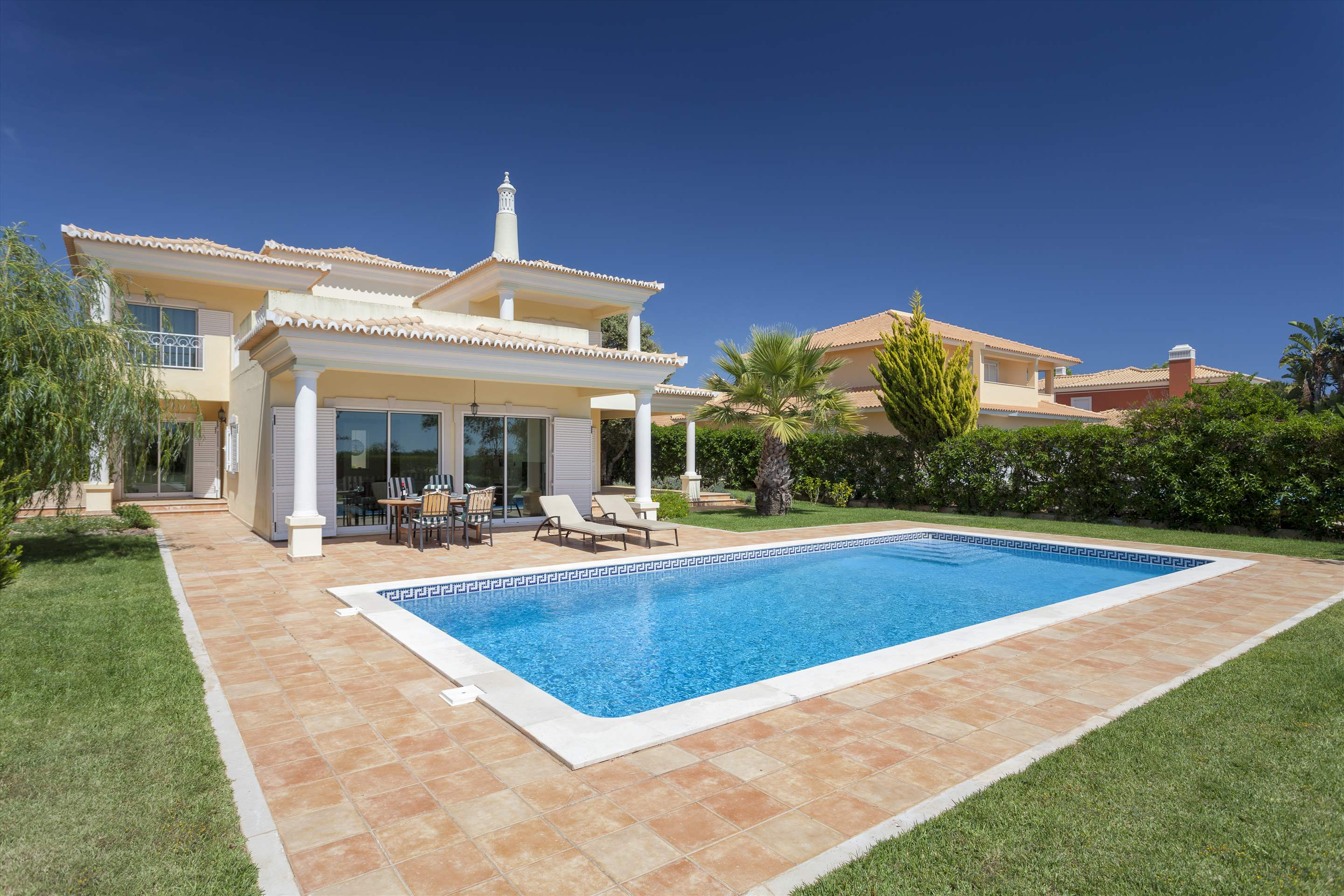 Villa Laguna Golf, 4 bedroom villa in Vilamoura Area, Algarve Photo #1