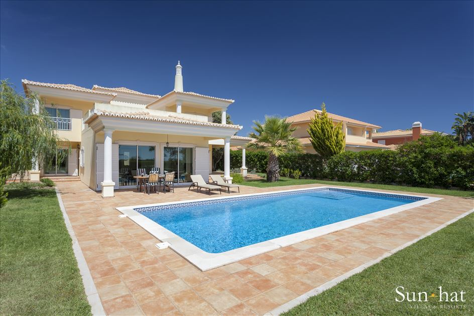 Villa Laguna Golf, 4 villa in Vilamoura Area, Algarve