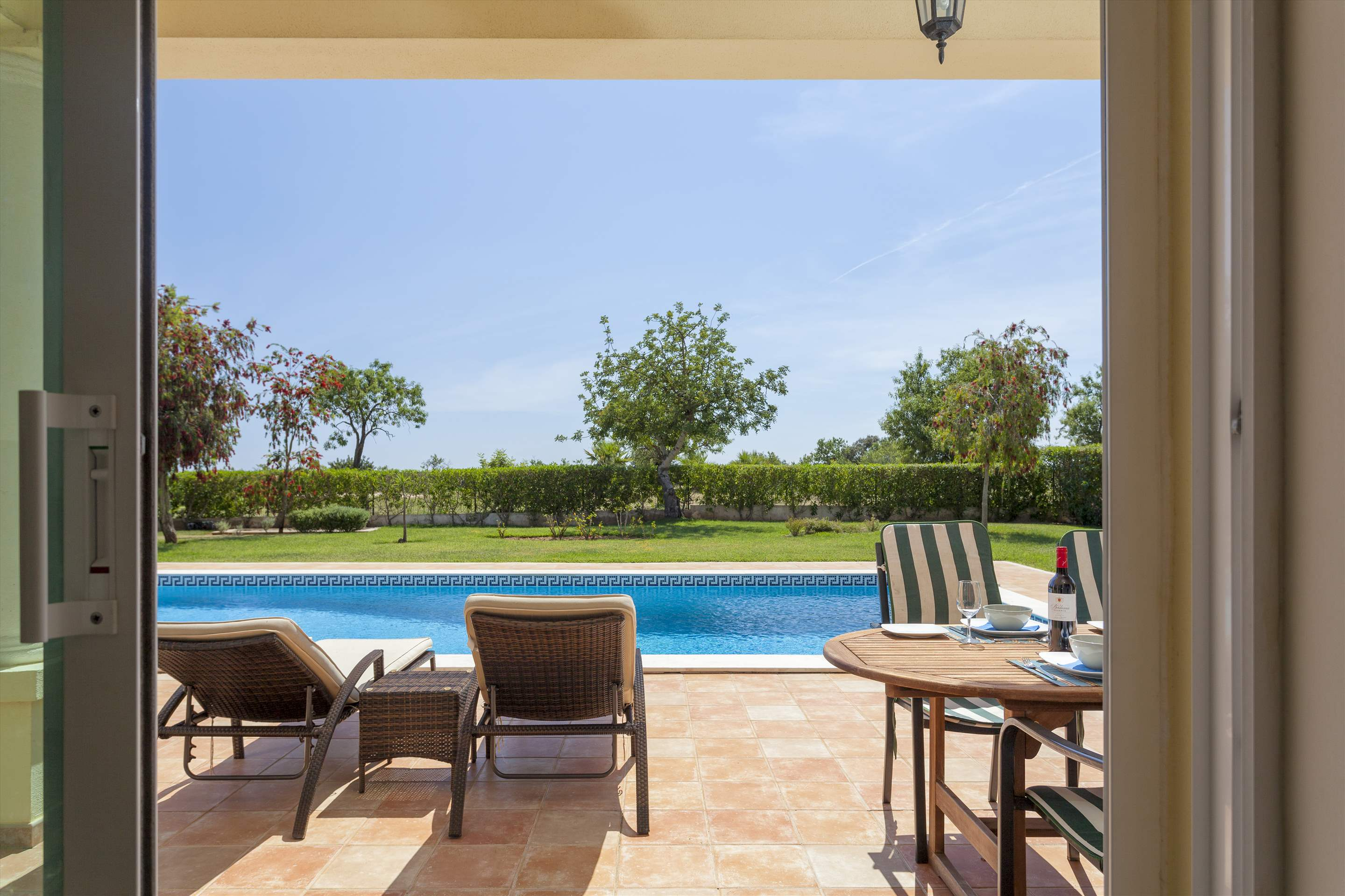 Villa Laguna Golf, 4 bedroom villa in Vilamoura Area, Algarve Photo #10