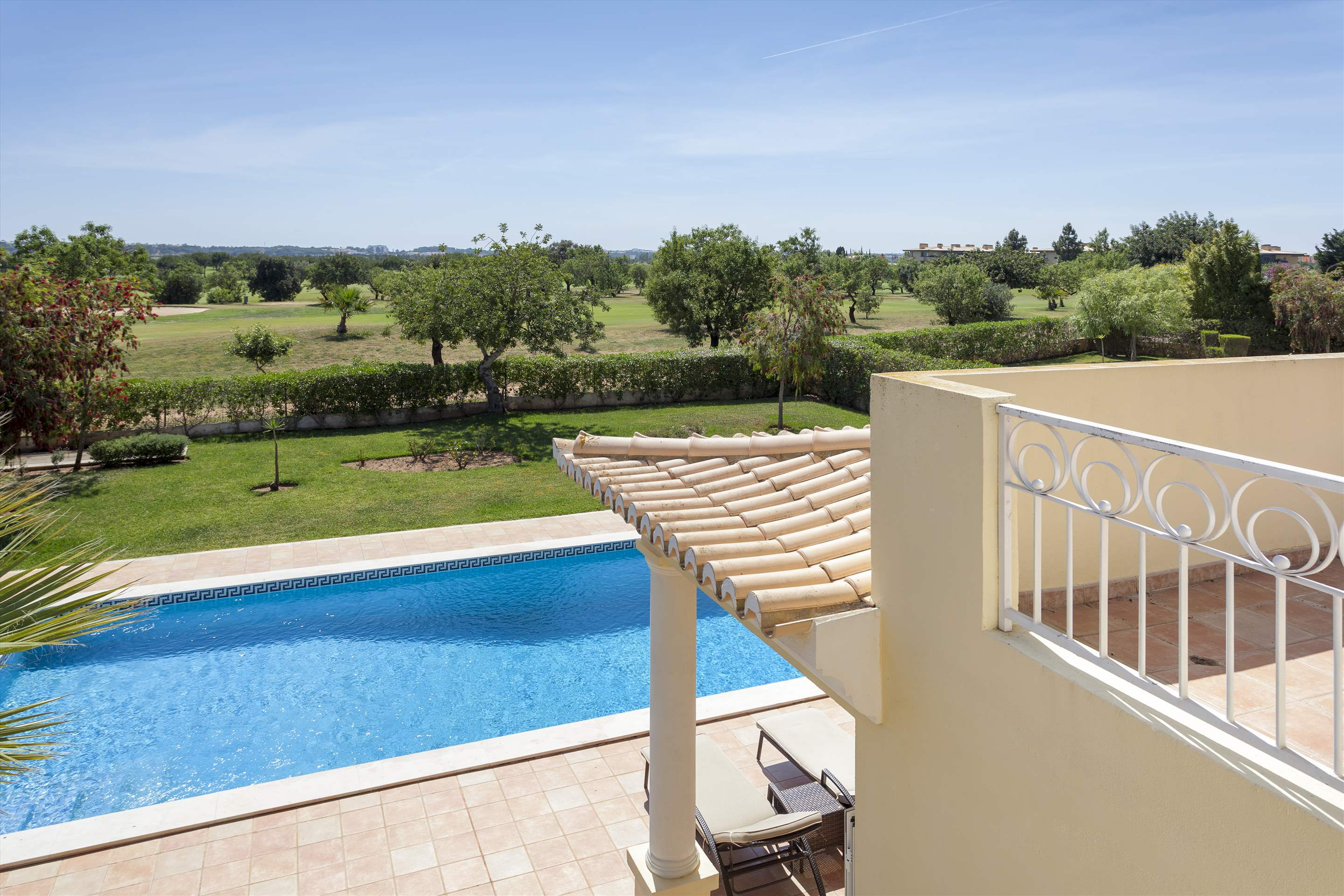 Villa Laguna Golf, 4 bedroom villa in Vilamoura Area, Algarve Photo #21