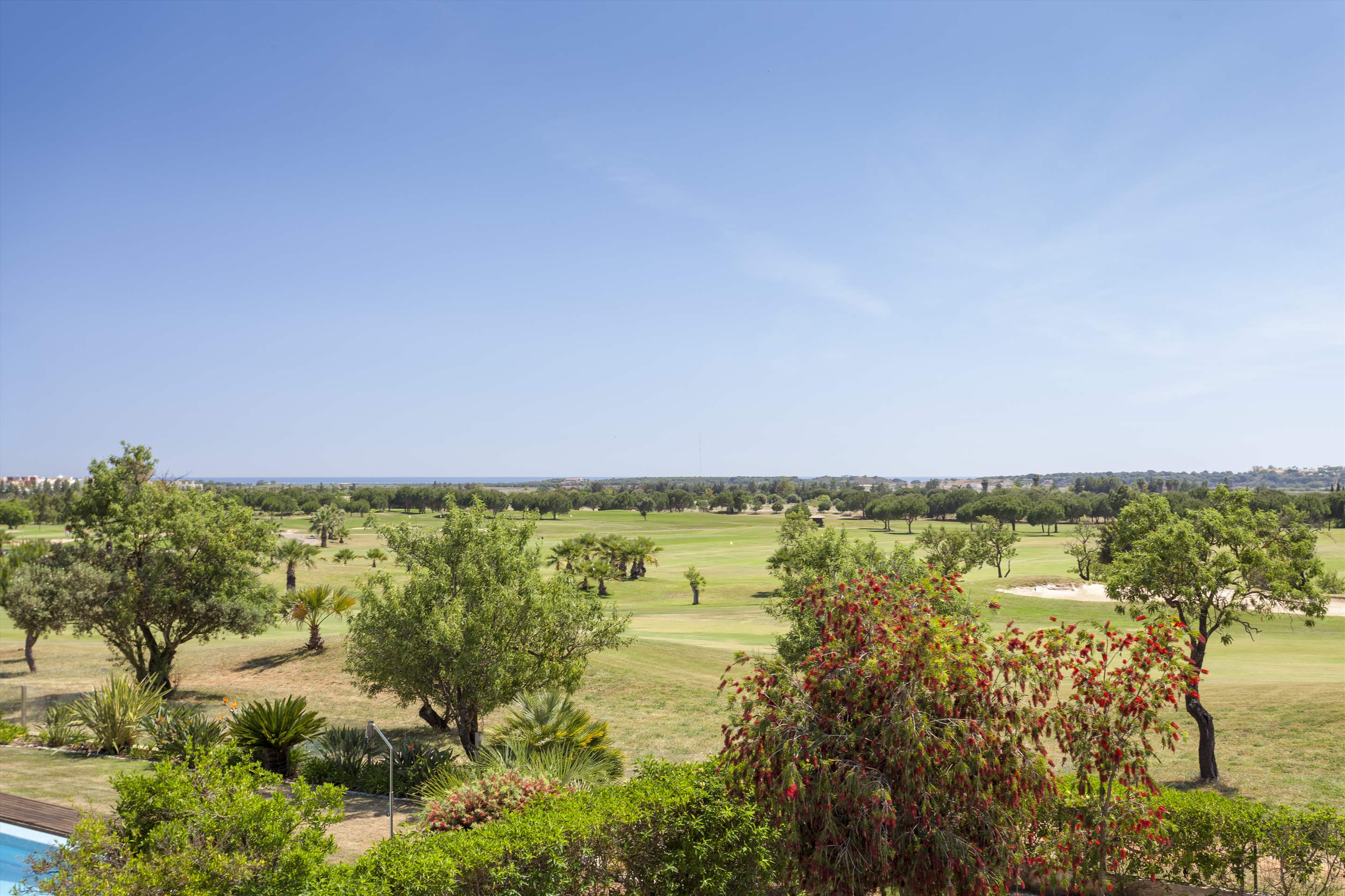 Villa Laguna Golf, 4 bedroom villa in Vilamoura Area, Algarve Photo #23