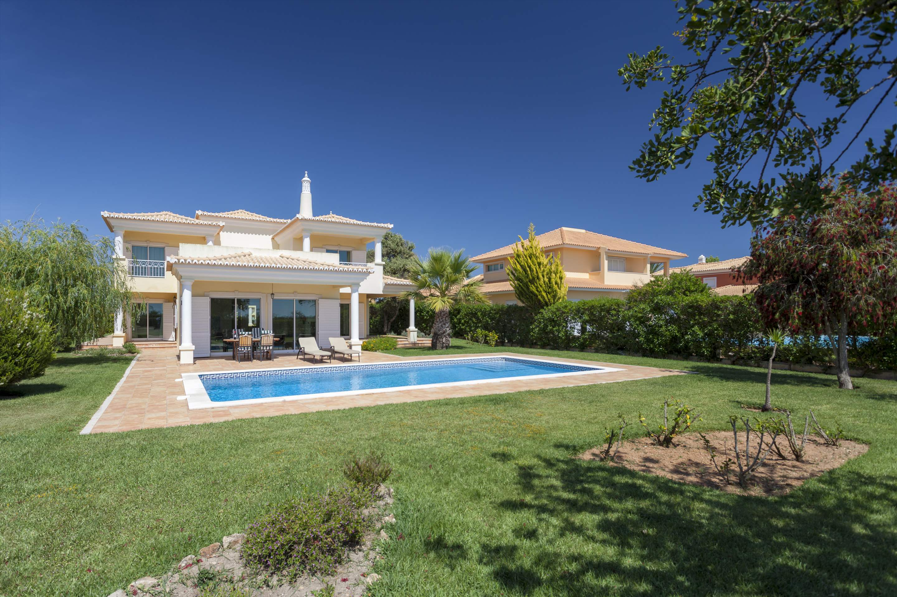 Villa Laguna Golf, 4 bedroom villa in Vilamoura Area, Algarve Photo #24