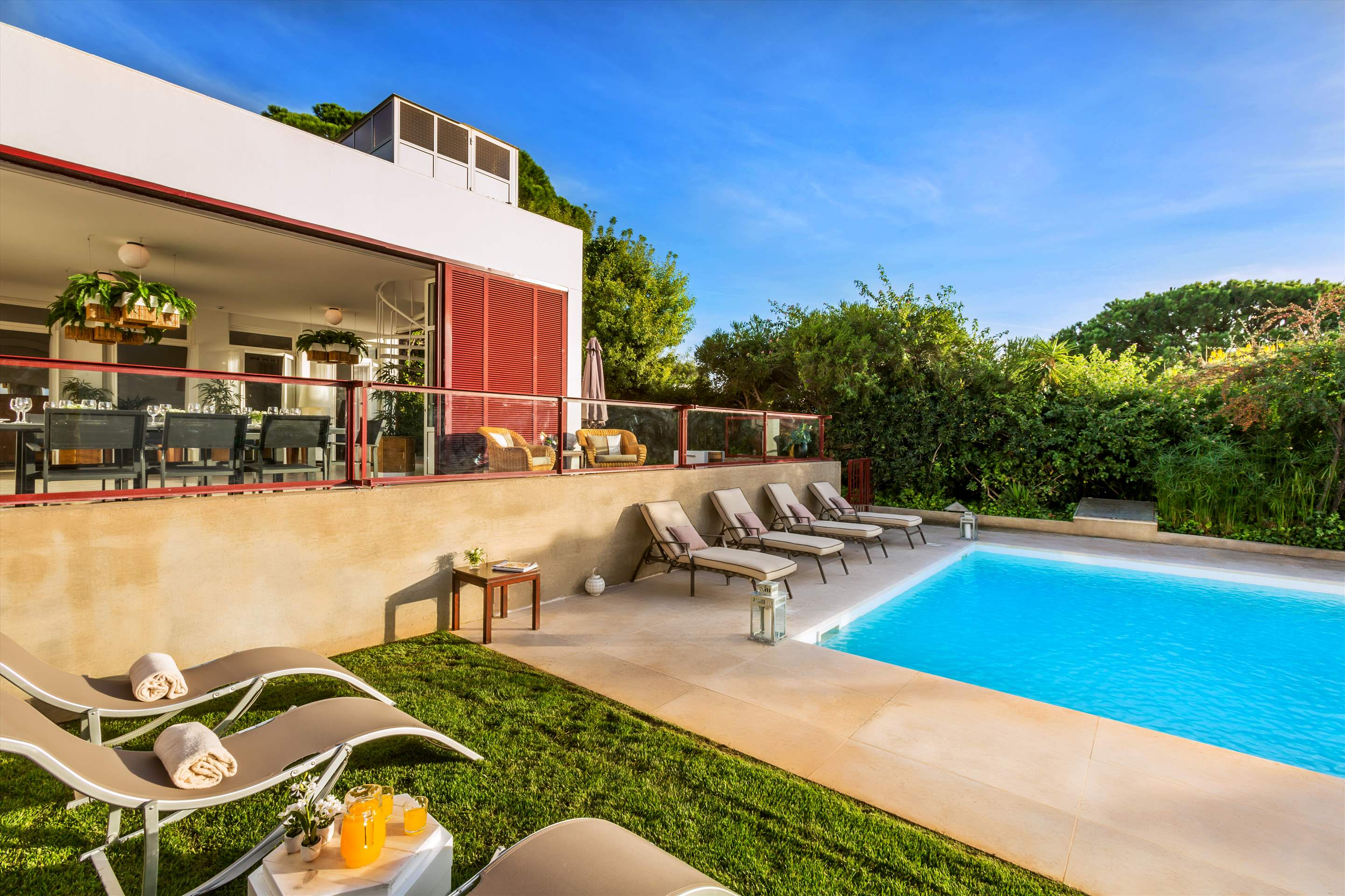 Villa Cegonha, 4 bedroom villa in Vale do Lobo, Algarve Photo #2