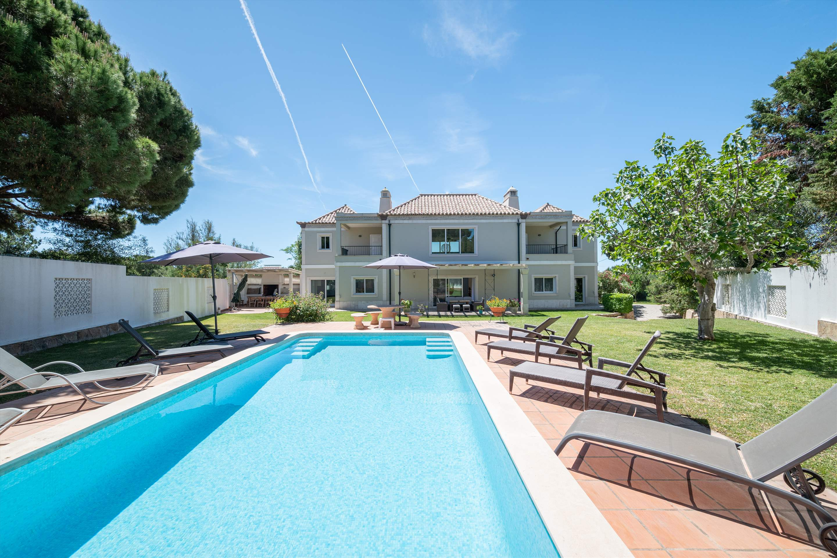 Quinta Pequena, 4 bedroom villa in Quinta do Lago, Algarve Photo #1