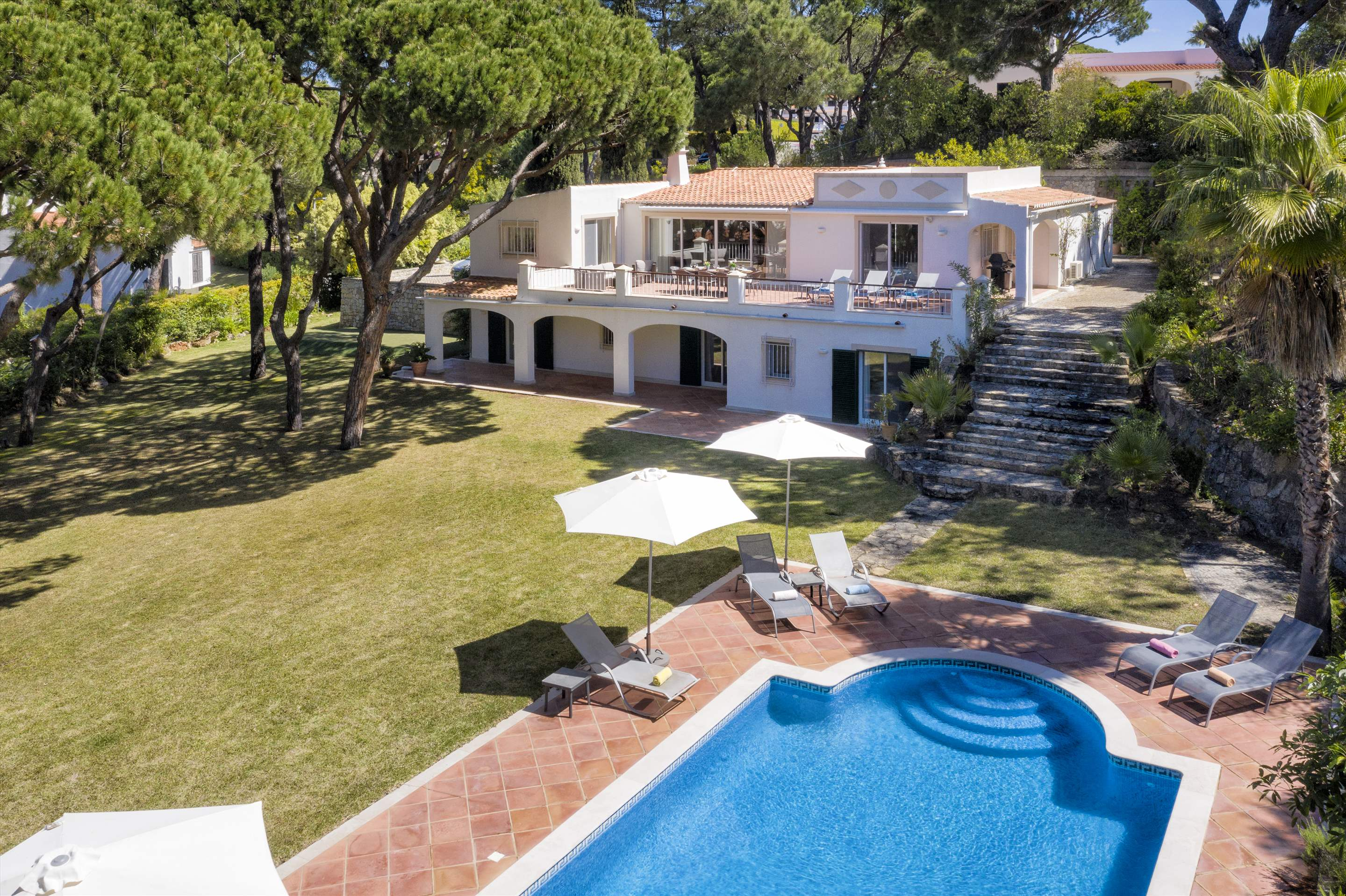 Villa Rosemaria, 5 Bedrooms, 5 bedroom villa in Vale do Lobo, Algarve