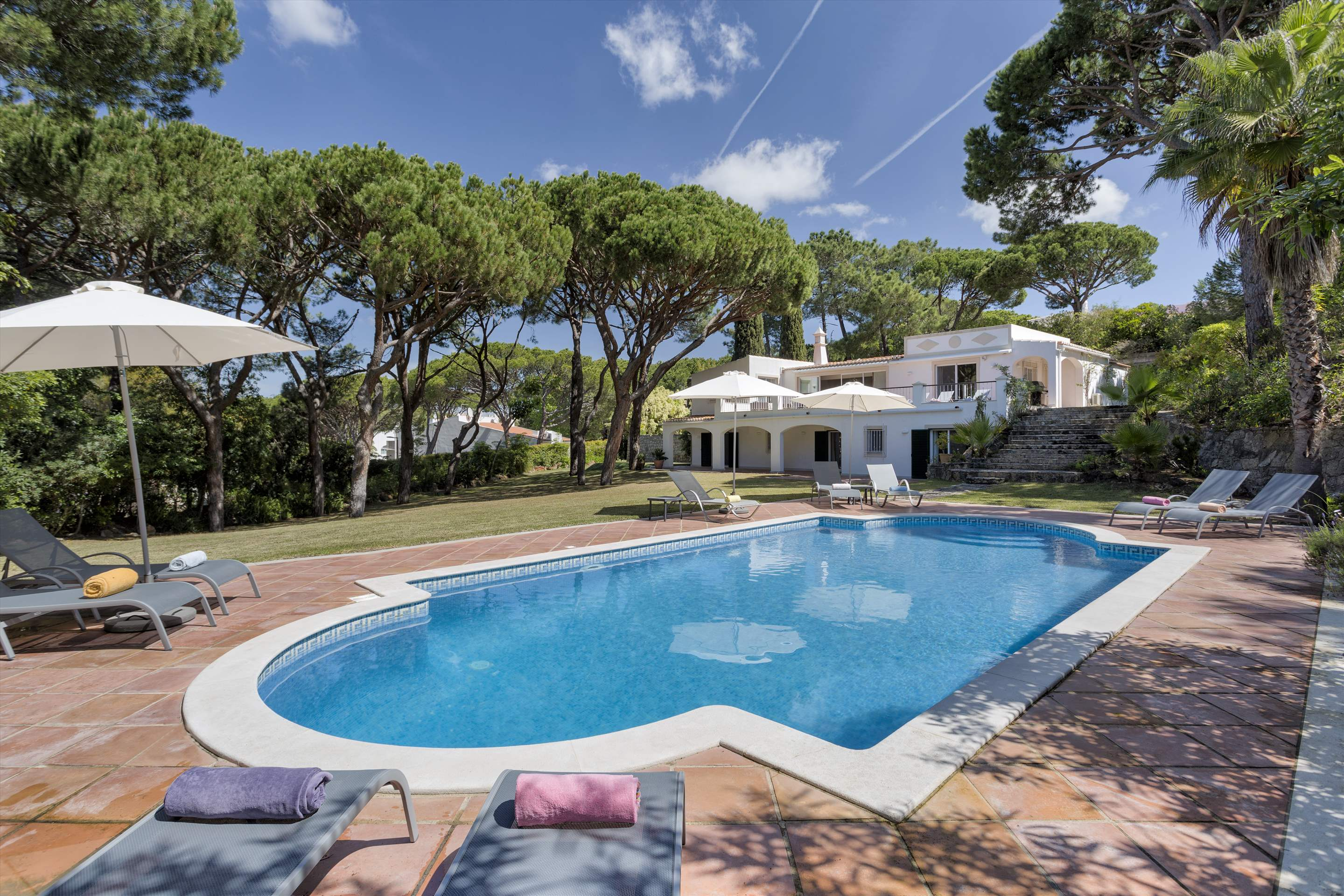 Villa Rosemaria, 5 Bedrooms, 5 bedroom villa in Vale do Lobo, Algarve Photo #18