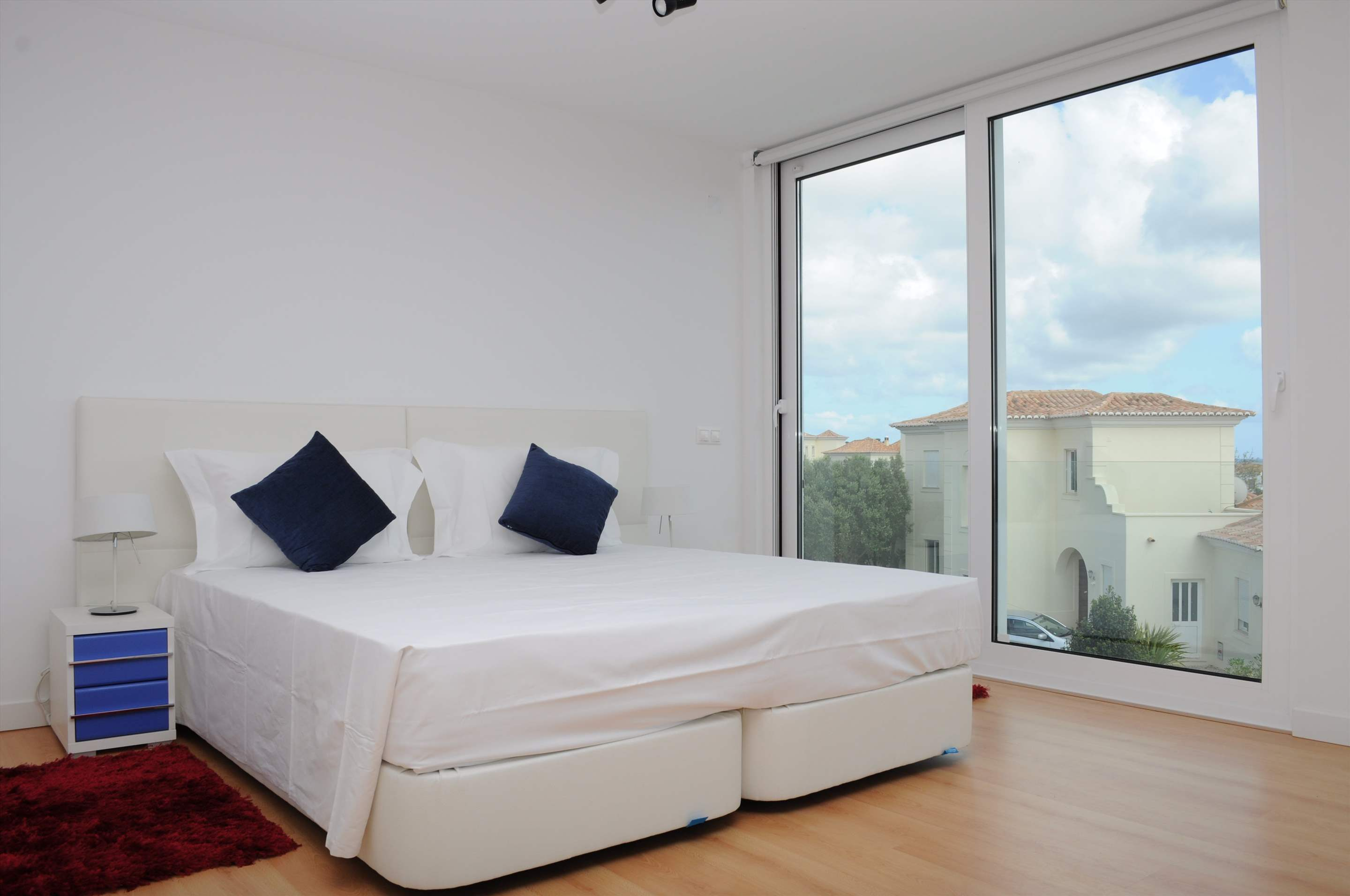 Martinhal Luxury Villa No.6, 3 bedroom villa in Martinhal Sagres, Algarve Photo #9