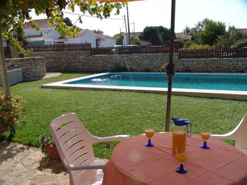 Cantinho Da Aldeia, 2 bedroom villa in Lisbon Coast, Lisbon Photo #2