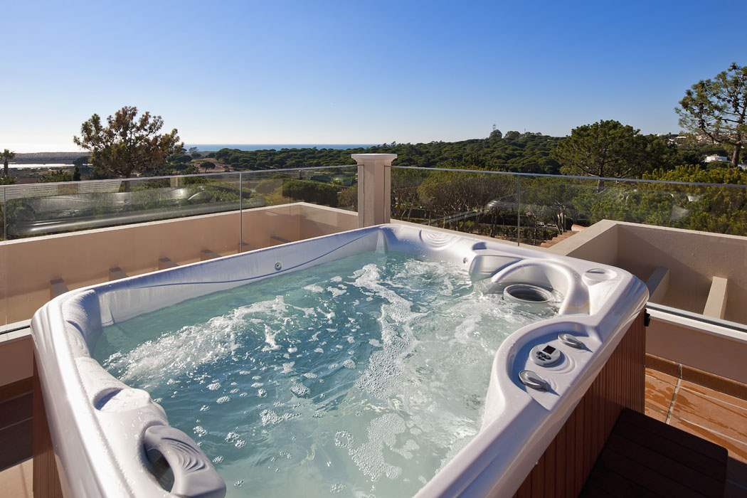 Villa Bellevue, Four Bedroom Rate, 4 bedroom villa in Quinta do Lago, Algarve Photo #3