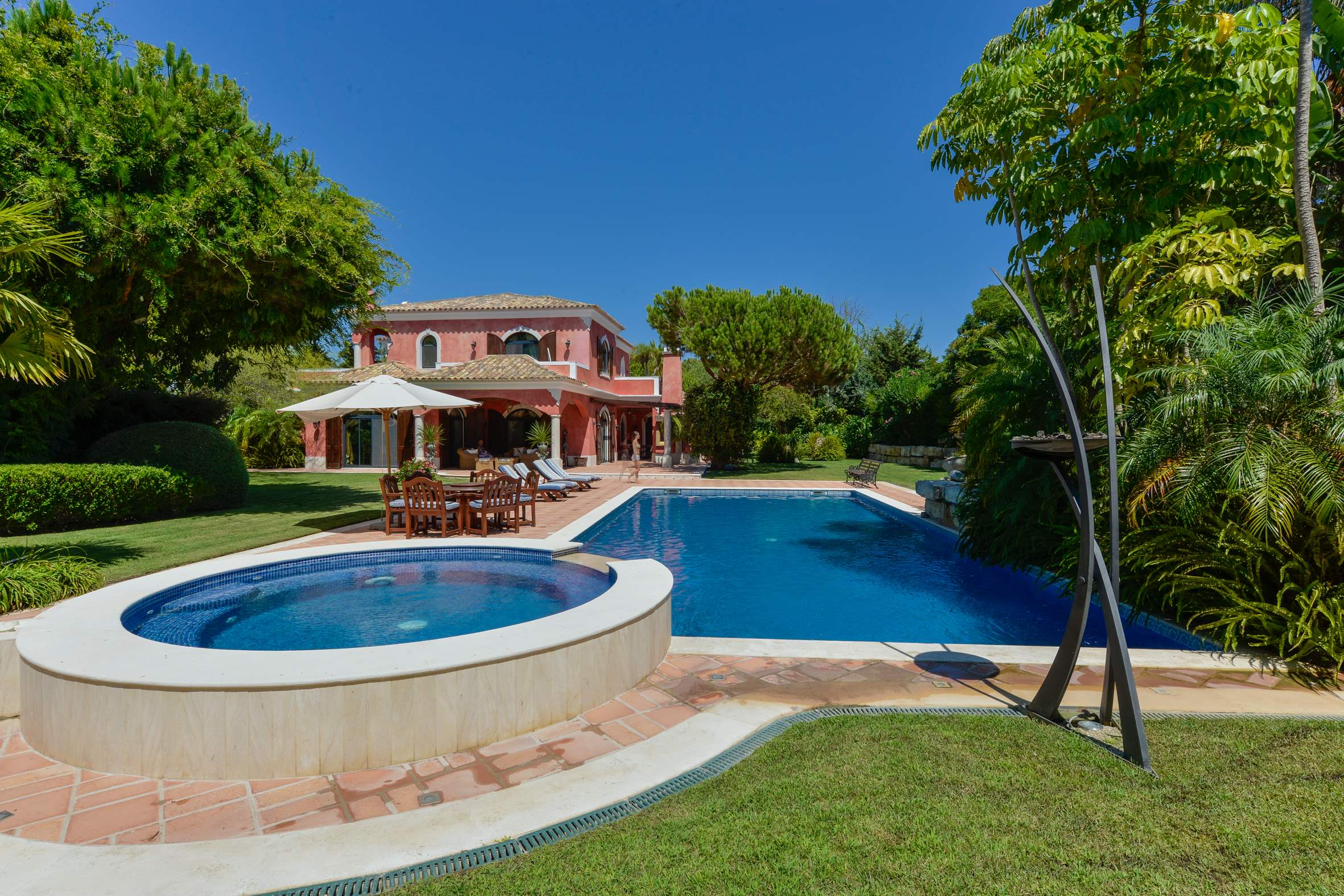 Villa Kallisto, 5 bedroom villa in Quinta do Lago, Algarve Photo #11