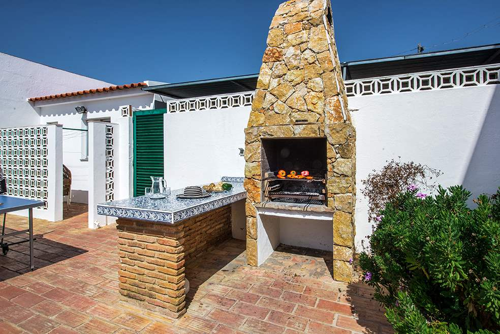 Casa Rebela, Up to 9 persons rate, 5 bedroom villa in Gale, Vale da Parra and Guia, Algarve Photo #32