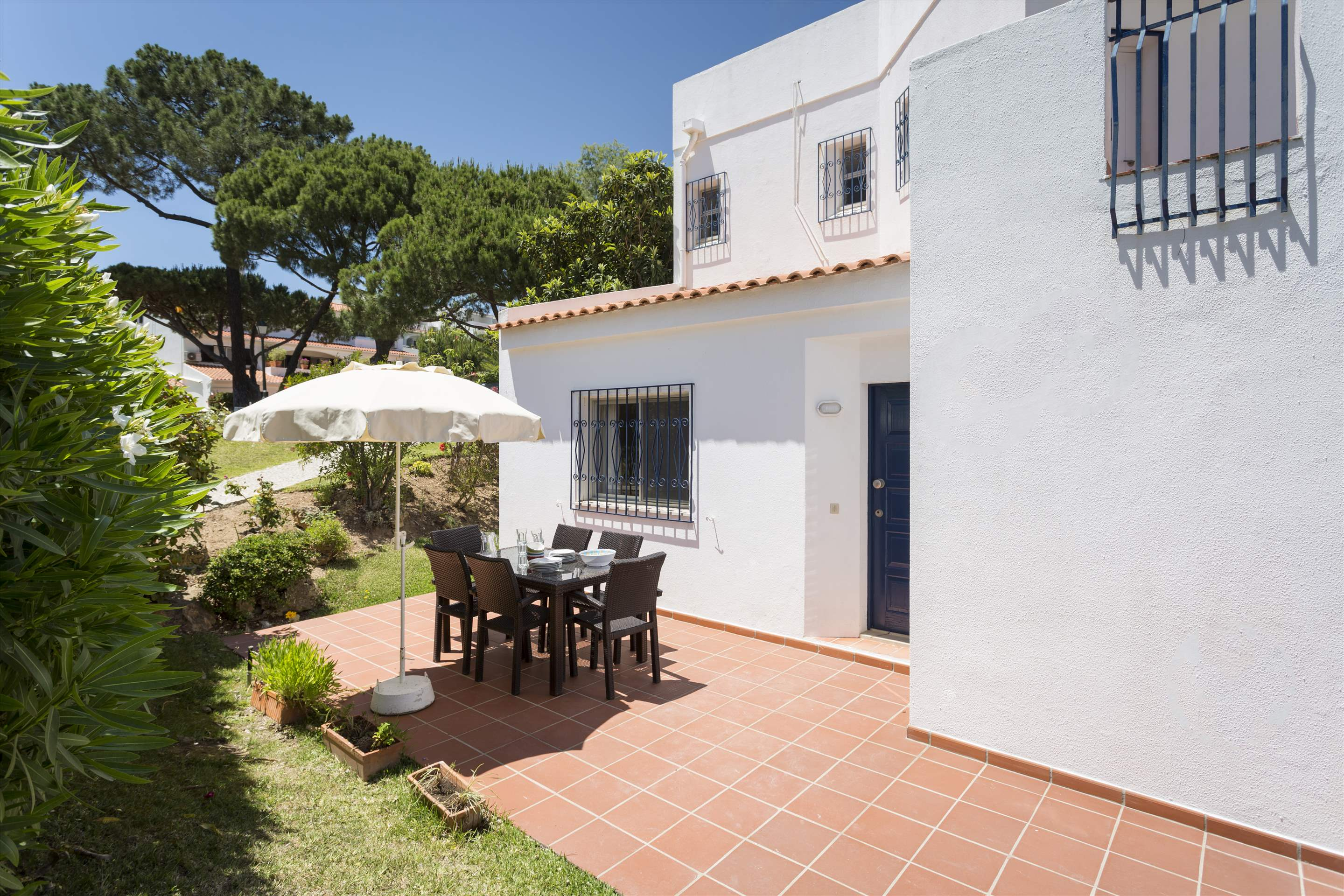 Villa Flamingo, 3 bedroom villa in Vale do Lobo, Algarve Photo #1