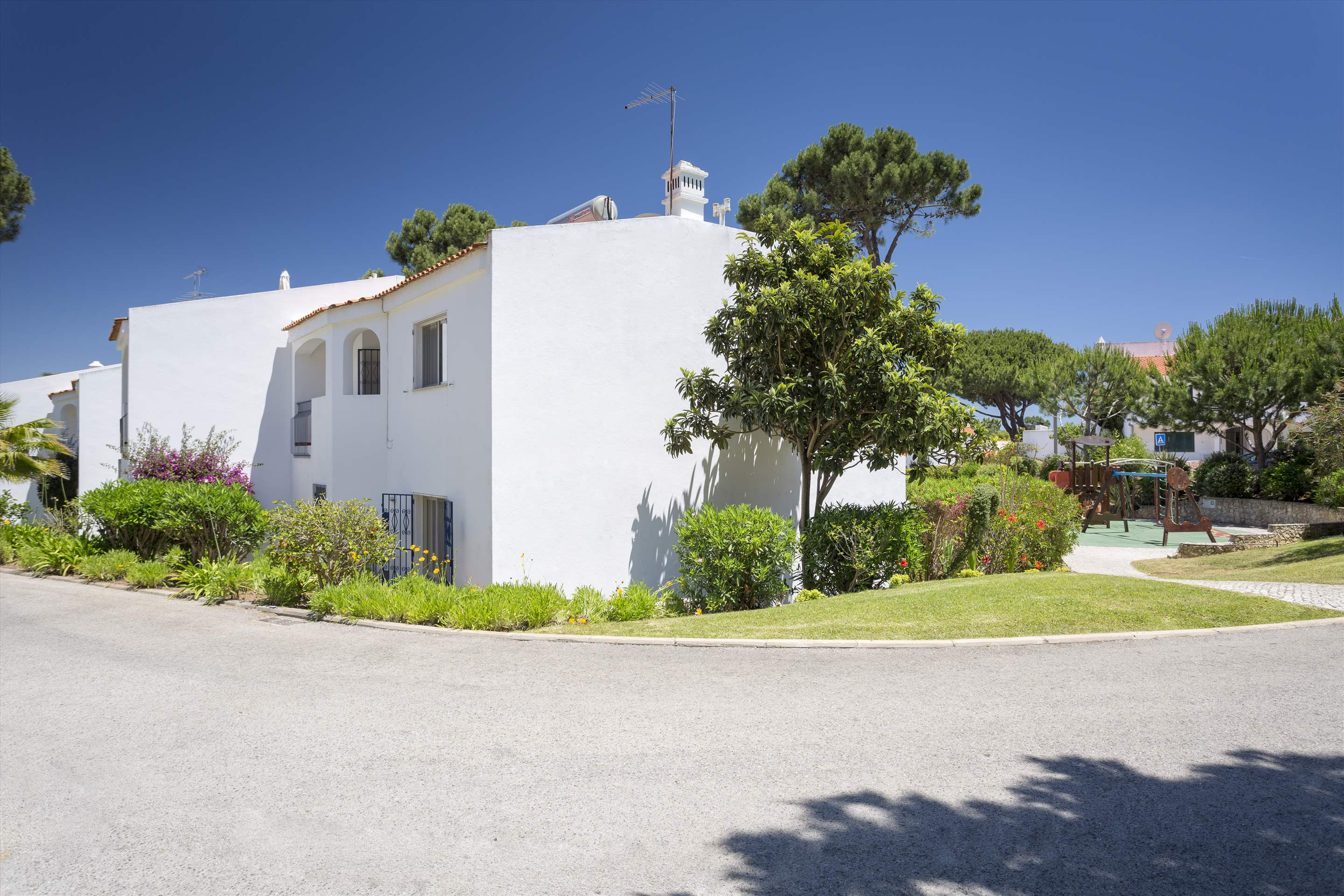 Villa Flamingo, 3 bedroom villa in Vale do Lobo, Algarve Photo #7