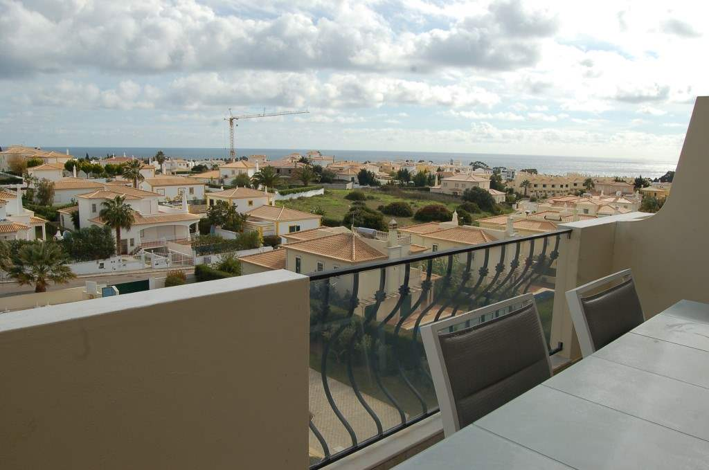 Apartment Rosal 3 Bedroom Apartment, 5-6 persons rate, 3 bedroom apartment in Gale, Vale da Parra and Guia, Algarve Photo #10