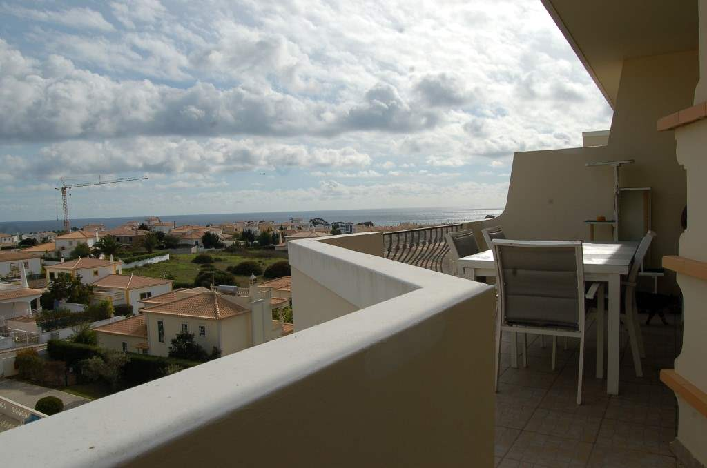 Apartment Rosal 3 Bedroom Apartment, 5-6 persons rate, 3 bedroom apartment in Gale, Vale da Parra and Guia, Algarve Photo #2