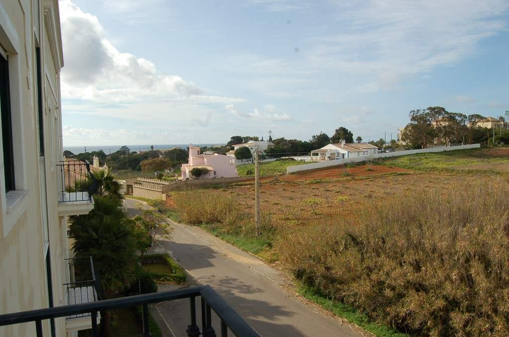 Apartment Rosal 3 Bedroom Apartment, 5-6 persons rate, 3 bedroom apartment in Gale, Vale da Parra and Guia, Algarve Photo #23