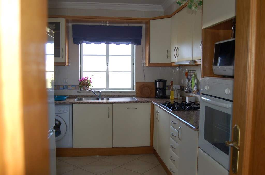 Apartment Rosal 3 Bedroom Apartment, 5-6 persons rate, 3 bedroom apartment in Gale, Vale da Parra and Guia, Algarve Photo #5