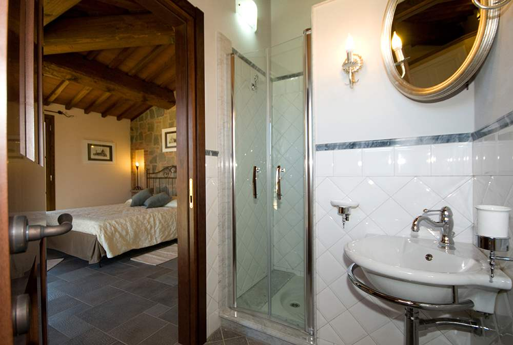 Villa Montelopio, 4 bedroom villa in Chianti & Countryside, Tuscany Photo #12