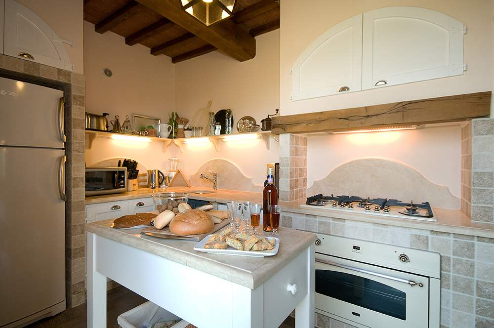 Villa Montelopio, 4 bedroom villa in Chianti & Countryside, Tuscany Photo #8
