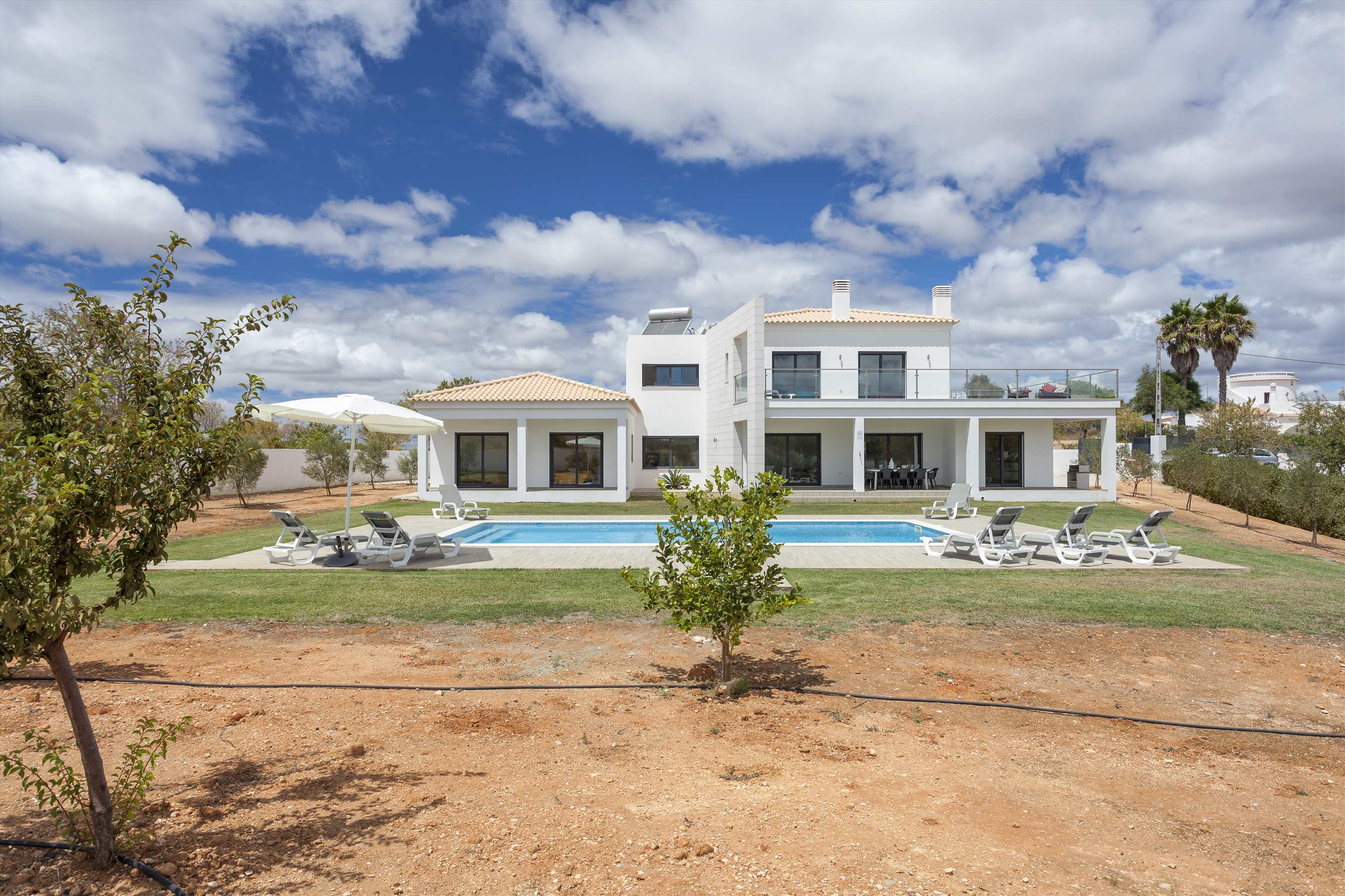 Casa Joana, 4 bedroom villa in Carvoeiro Area, Algarve Photo #19