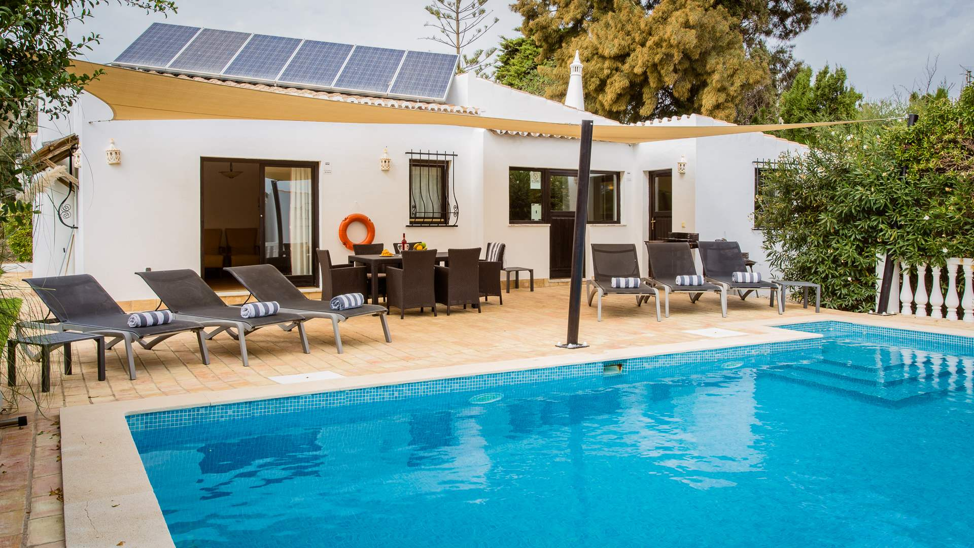 Villa Mimosa, 3 bedroom villa in Carvoeiro Area, Algarve Photo #1