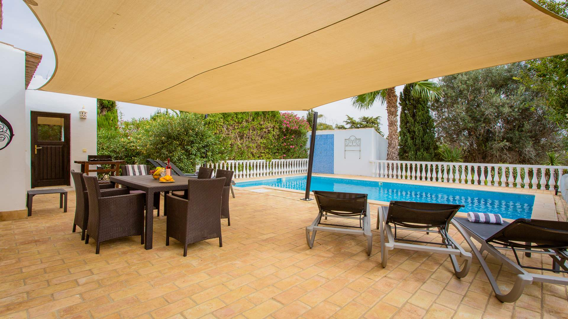 Villa Mimosa, 3 bedroom villa in Carvoeiro Area, Algarve Photo #2