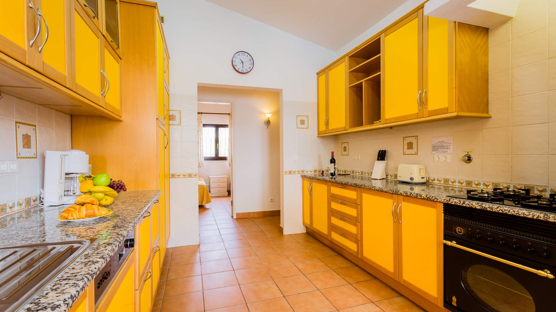 Villa Mimosa, 3 bedroom villa in Carvoeiro Area, Algarve Photo #5