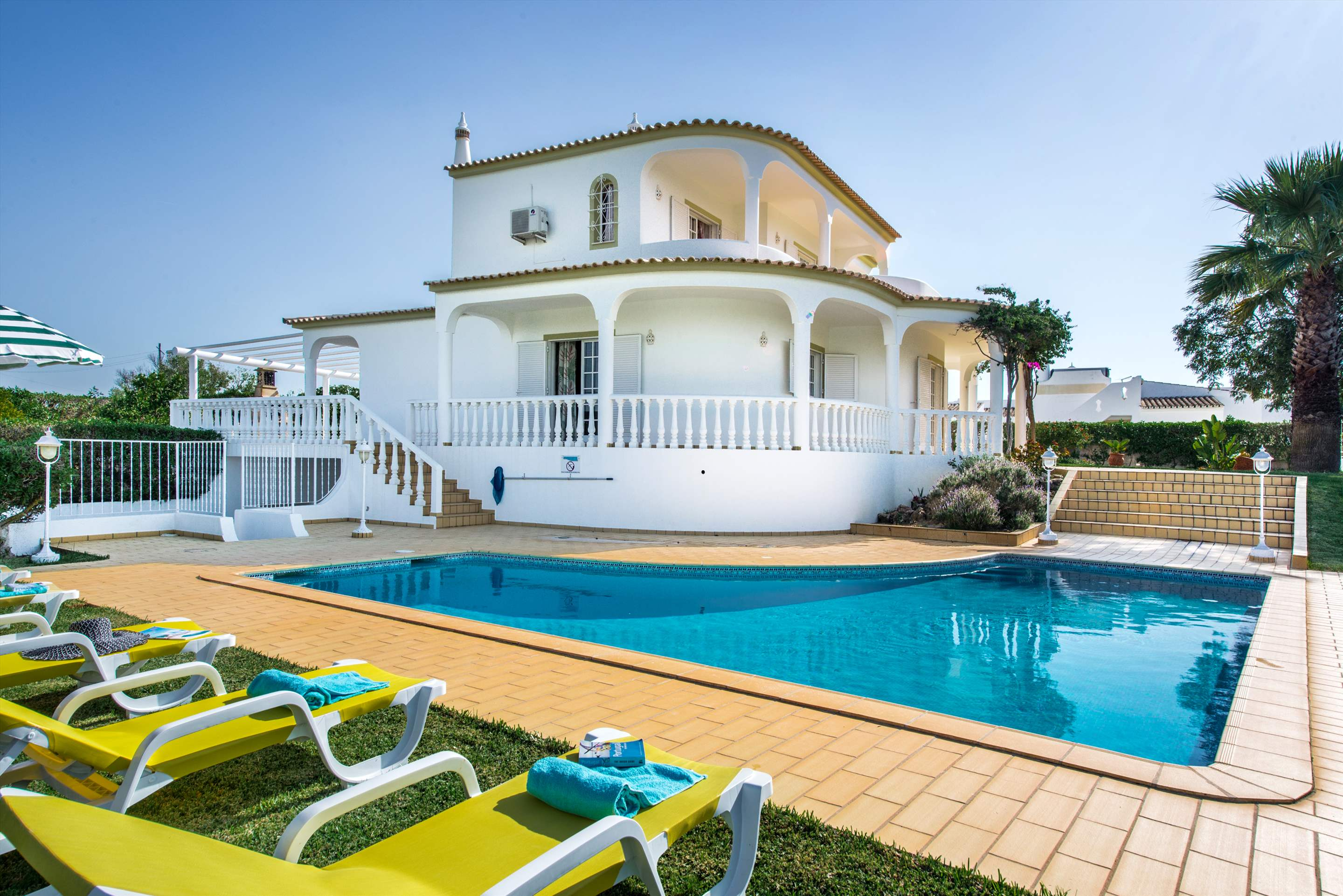Villa Marco Real, 7-8 persons rate, 4 bedroom villa in Gale, Vale da Parra and Guia, Algarve Photo #1