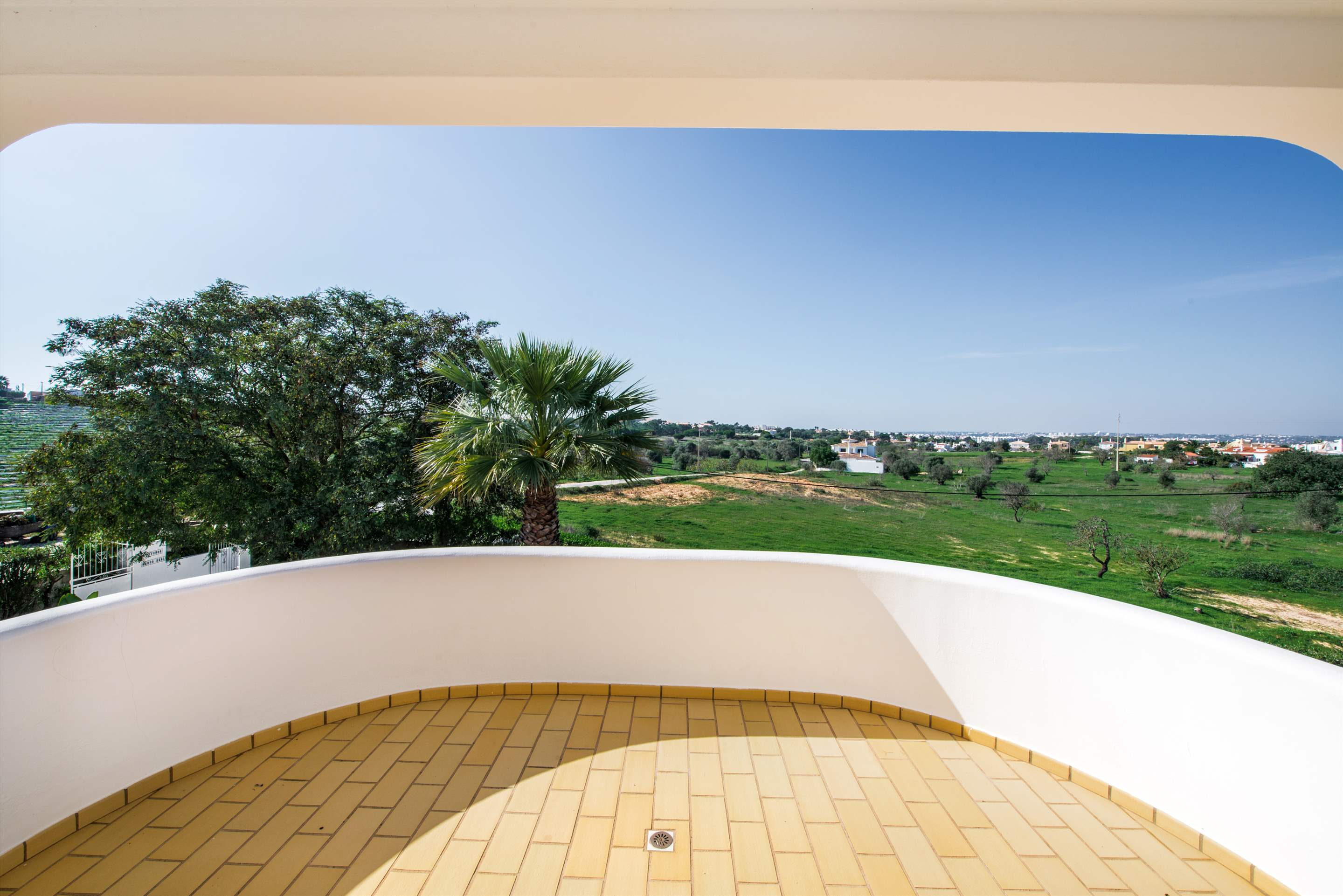 Villa Marco Real, 7-8 persons rate, 4 bedroom villa in Gale, Vale da Parra and Guia, Algarve Photo #25
