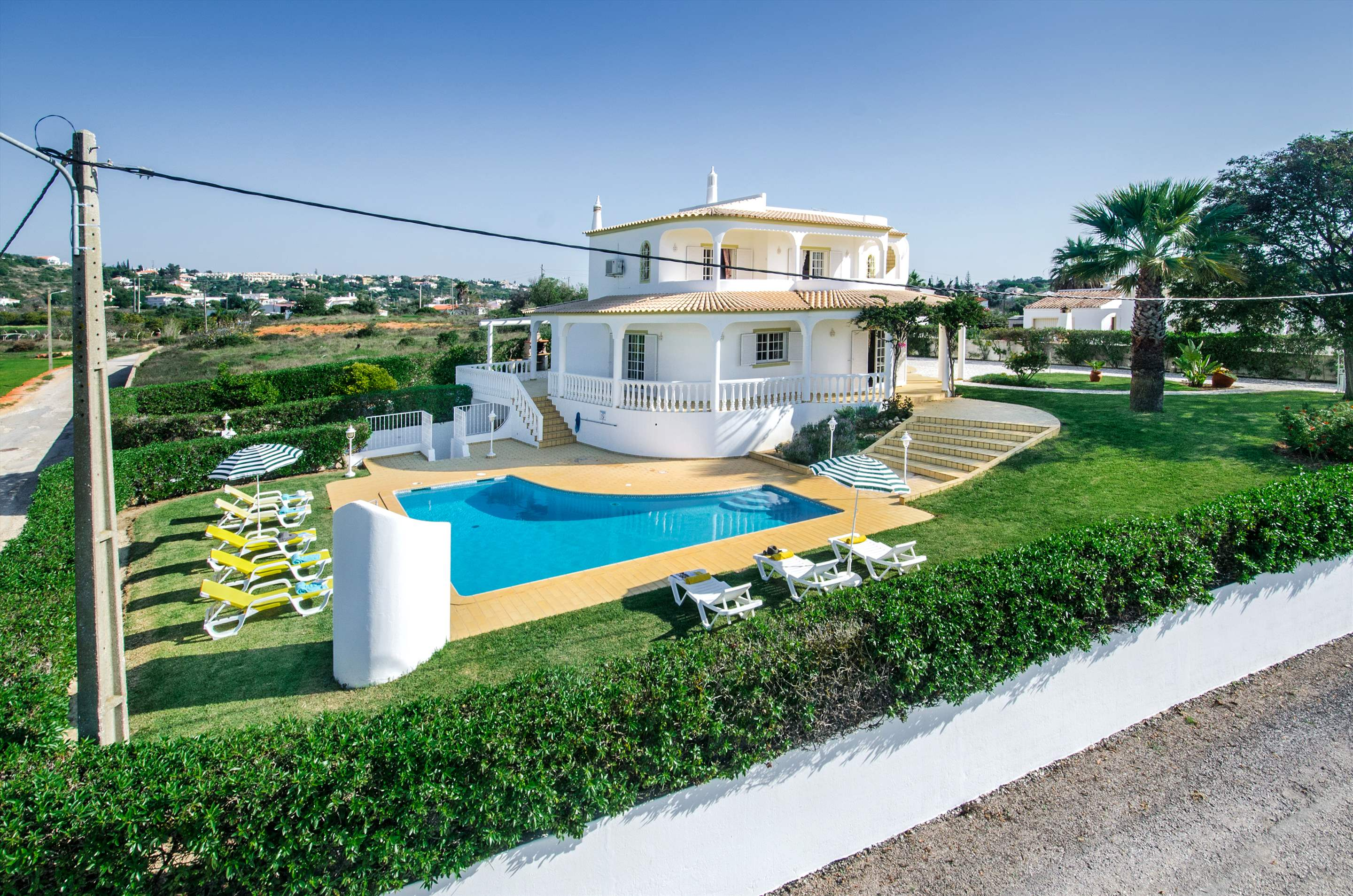Villa Marco Real, 7-8 persons rate, 4 bedroom villa in Gale, Vale da Parra and Guia, Algarve Photo #9
