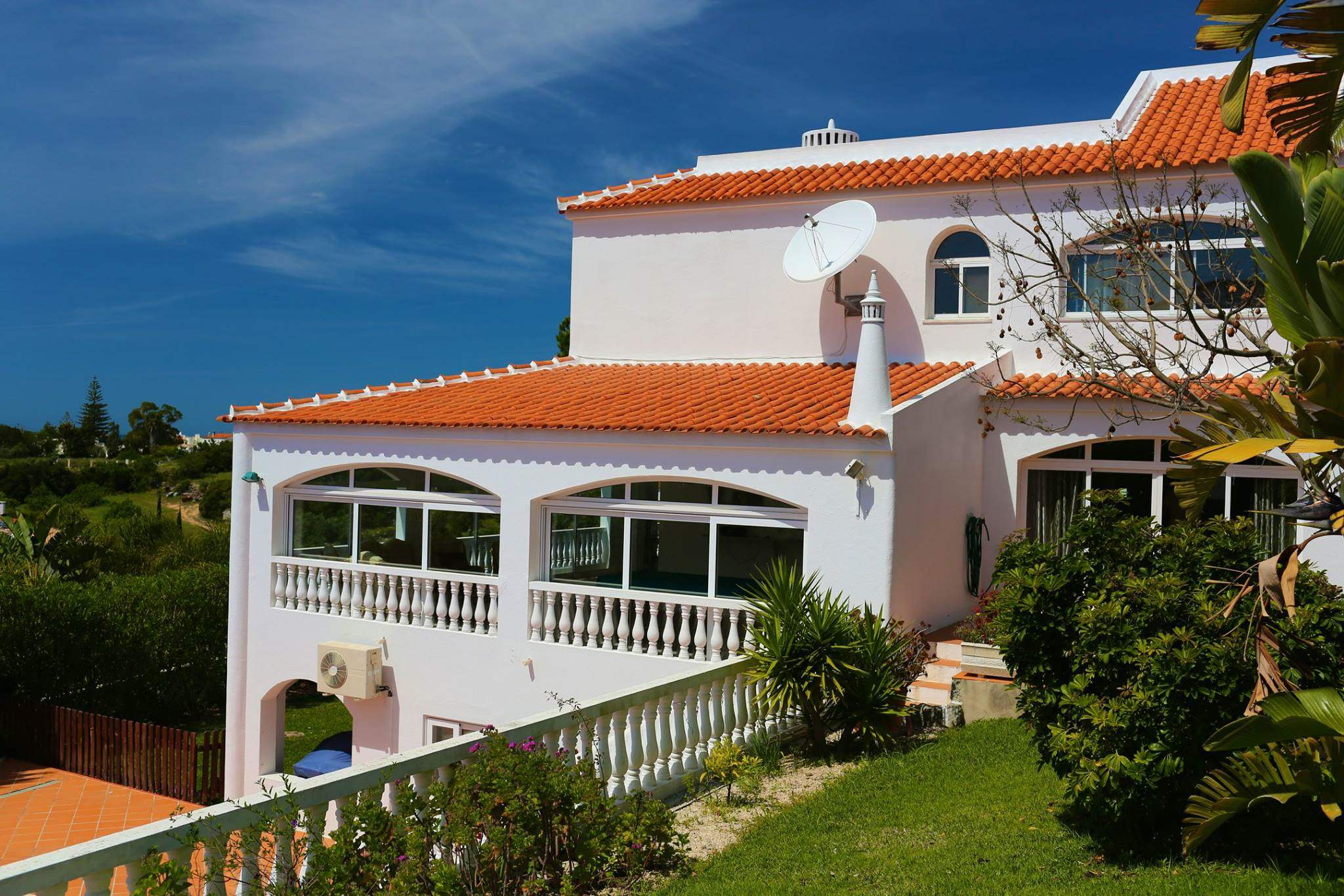 Casa Carioca, 6 bedroom villa in Carvoeiro Area, Algarve Photo #1