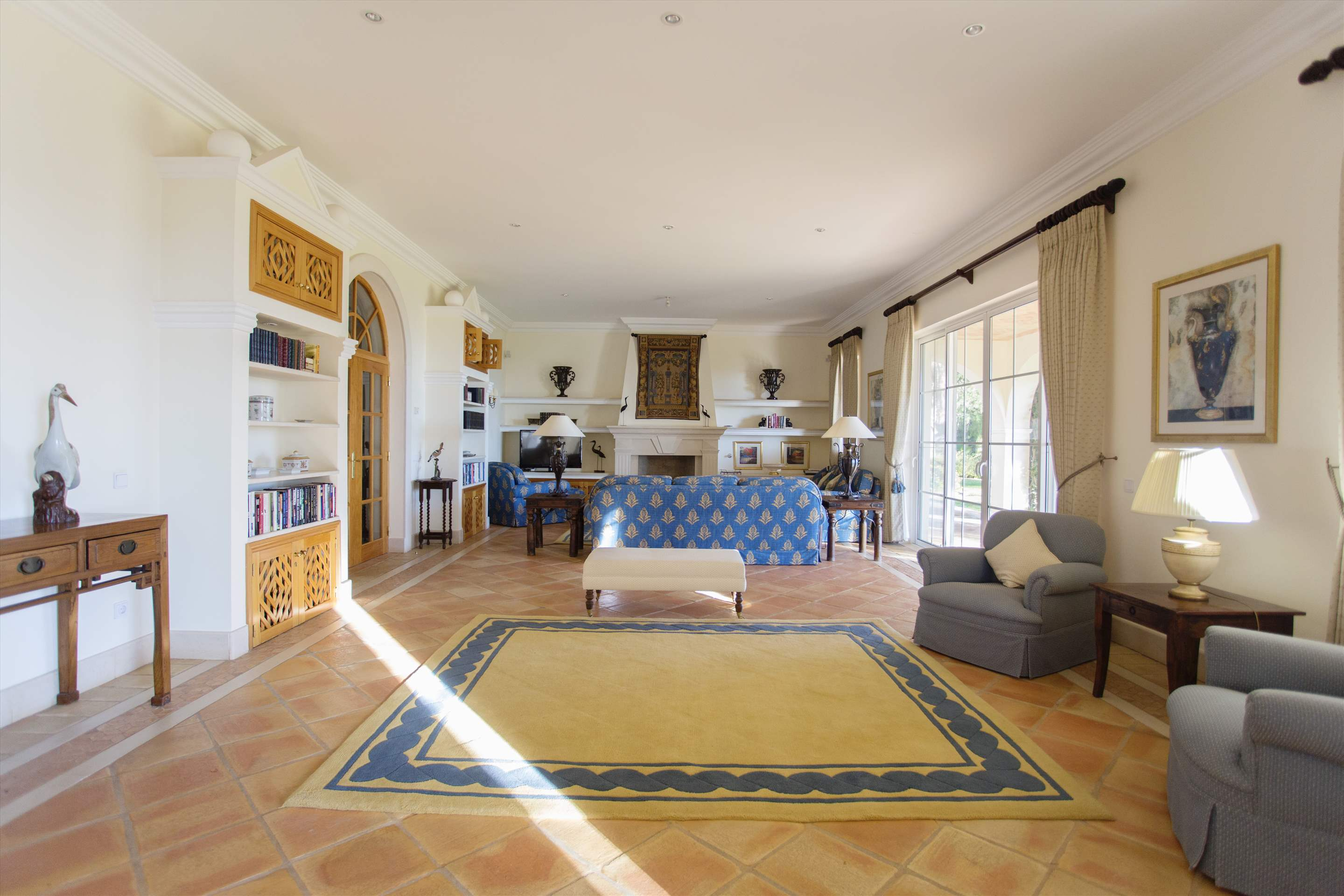 Villa Palmeiras Altas, 5 bedroom villa in Quinta do Lago, Algarve Photo #11