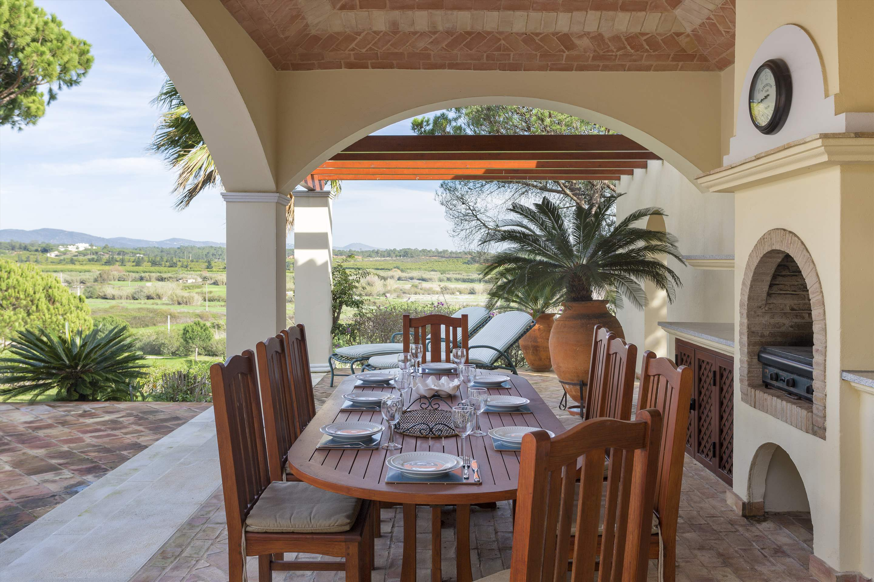 Villa Palmeiras Altas, 5 bedroom villa in Quinta do Lago, Algarve Photo #13