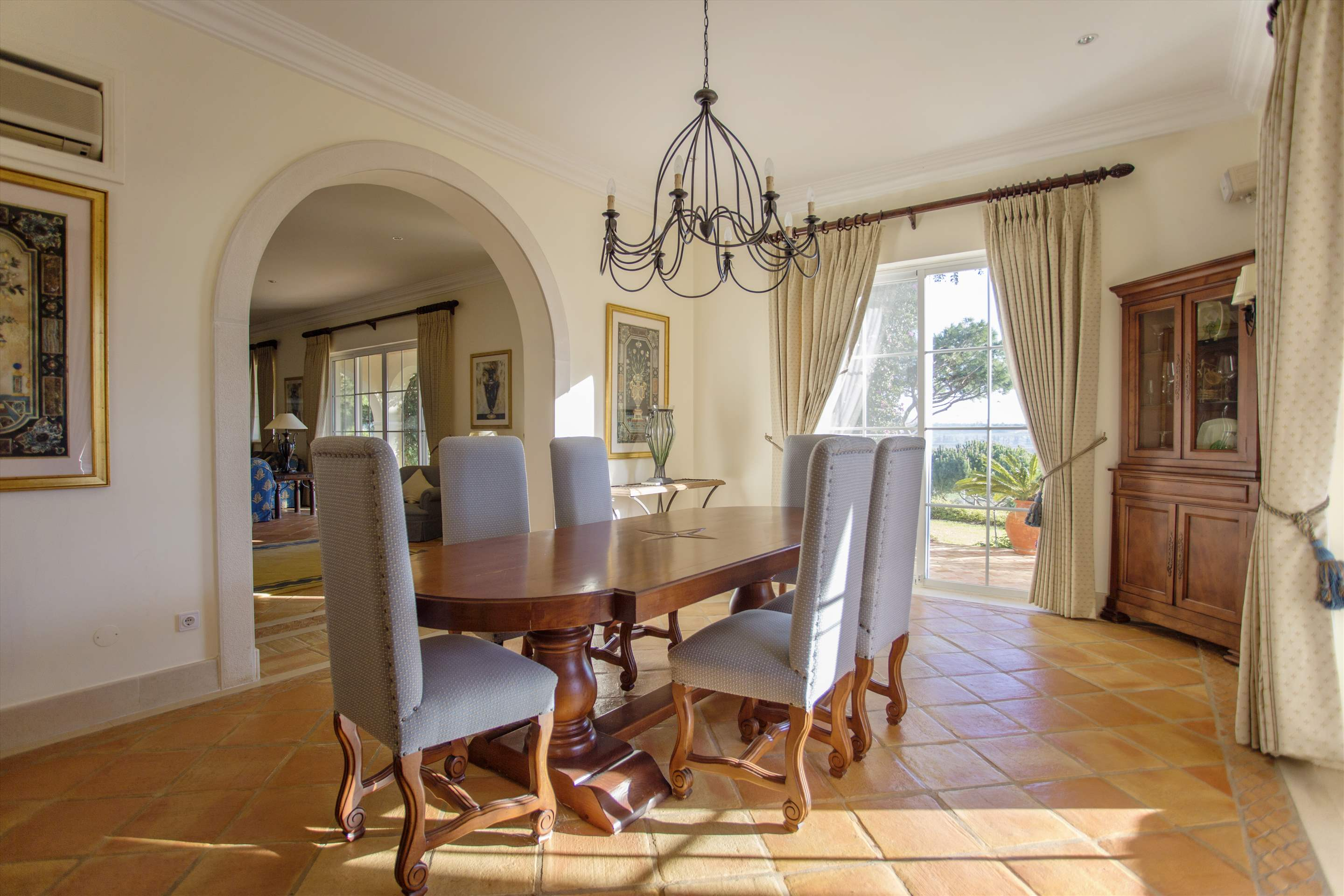 Villa Palmeiras Altas, 5 bedroom villa in Quinta do Lago, Algarve Photo #14