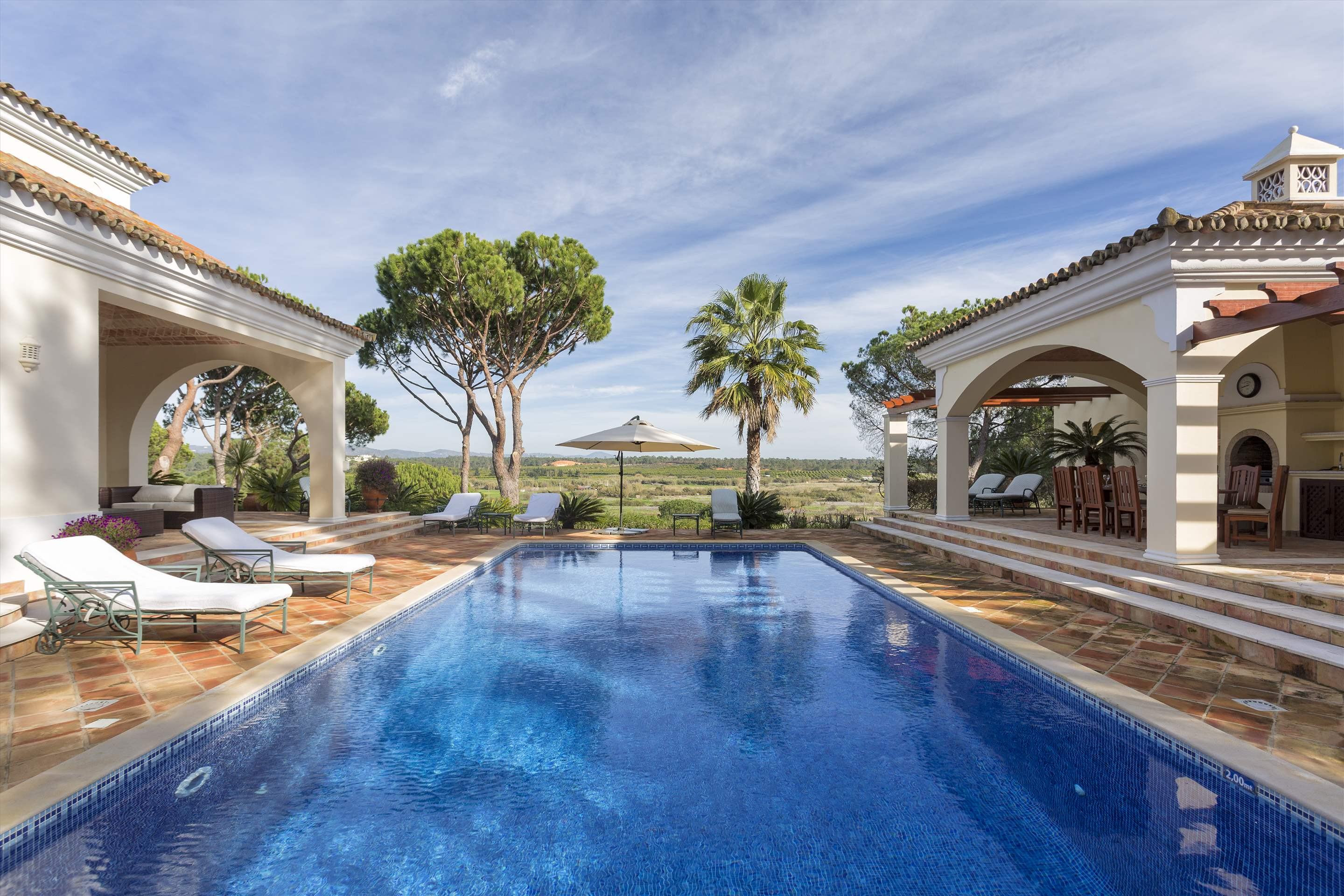 Villa Palmeiras Altas, 5 bedroom villa in Quinta do Lago, Algarve Photo #2