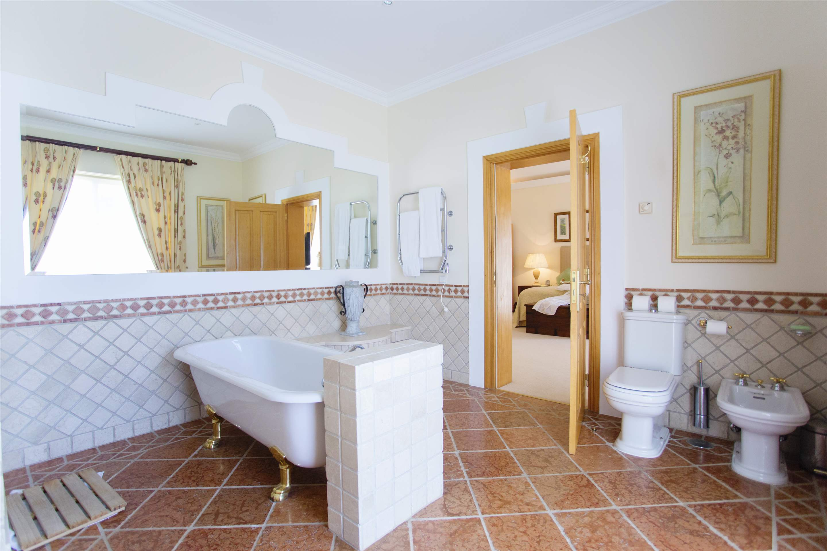 Villa Palmeiras Altas, 5 bedroom villa in Quinta do Lago, Algarve Photo #29
